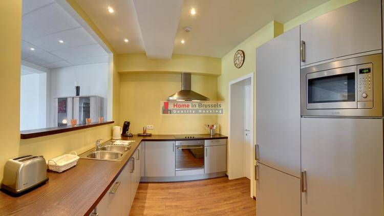 livorno-apt3a-kitchen.jpg
