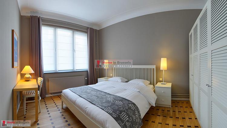 parcroyal-apt2d-bedroom1-hd.jpg