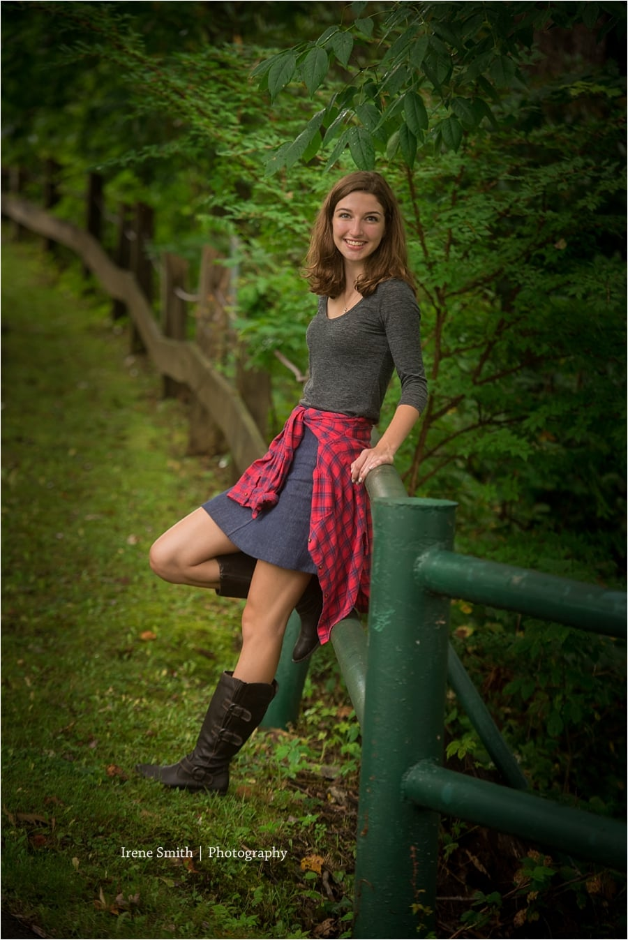 Oil-City-Pennsylvania-Senior-Photographer-Irene-Smith_0010.jpg