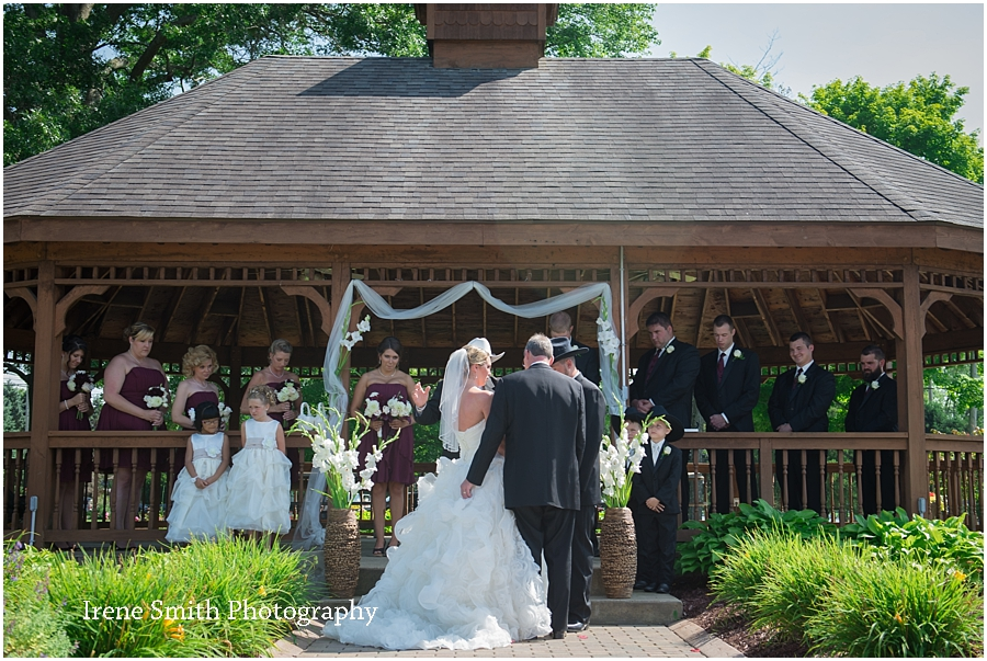 Lake-Latonka-Pennsylvania-Wedding-Irene-Smith-Photography_0015.jpg