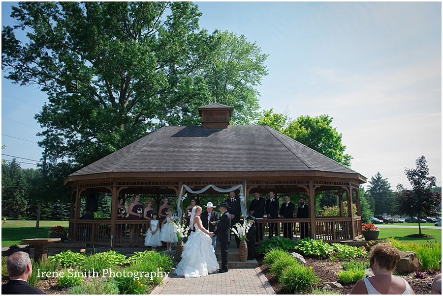 Lake-Latonka-Pennsylvania-Wedding-Irene-Smith-Photography_0019.jpg