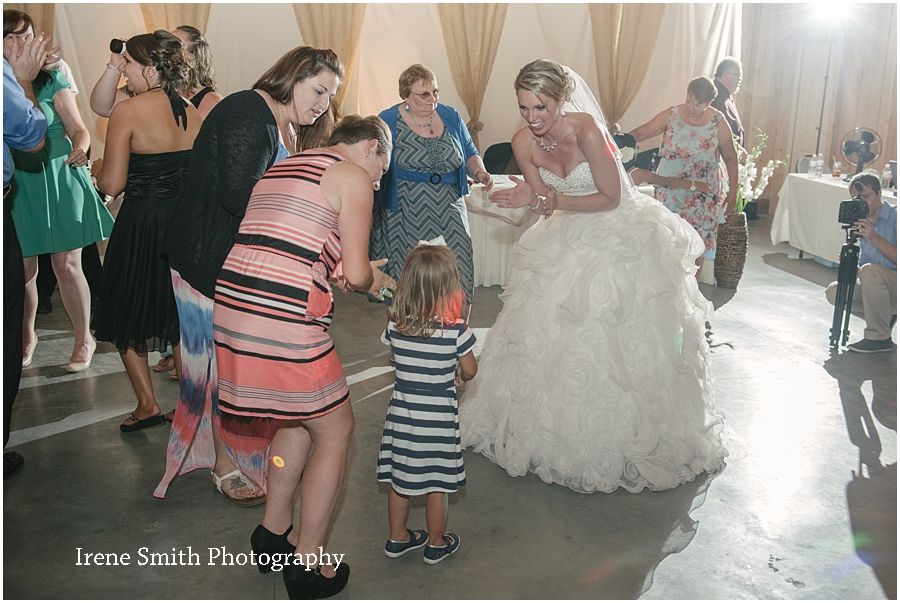 Lake-Latonka-Pennsylvania-Wedding-Irene-Smith-Photography_0045.jpg