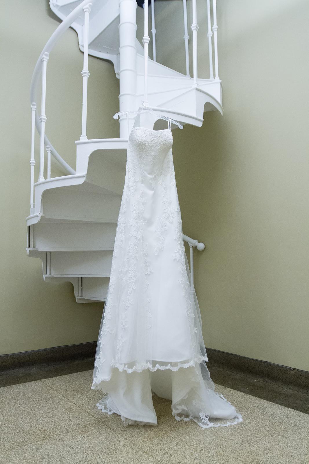 01_Wedding_Prep_003.JPG