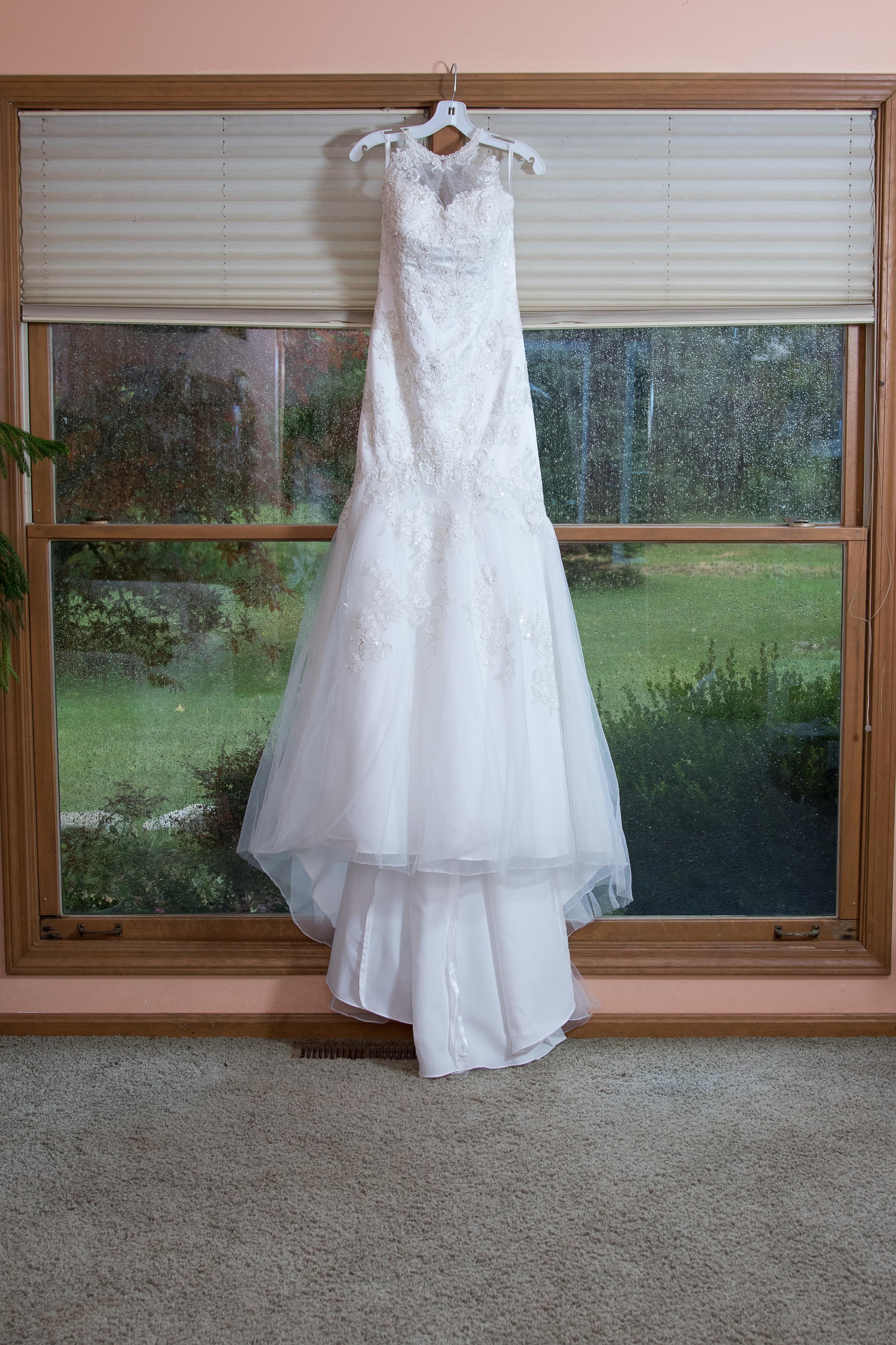 01-Wedding-Prep-021.JPG