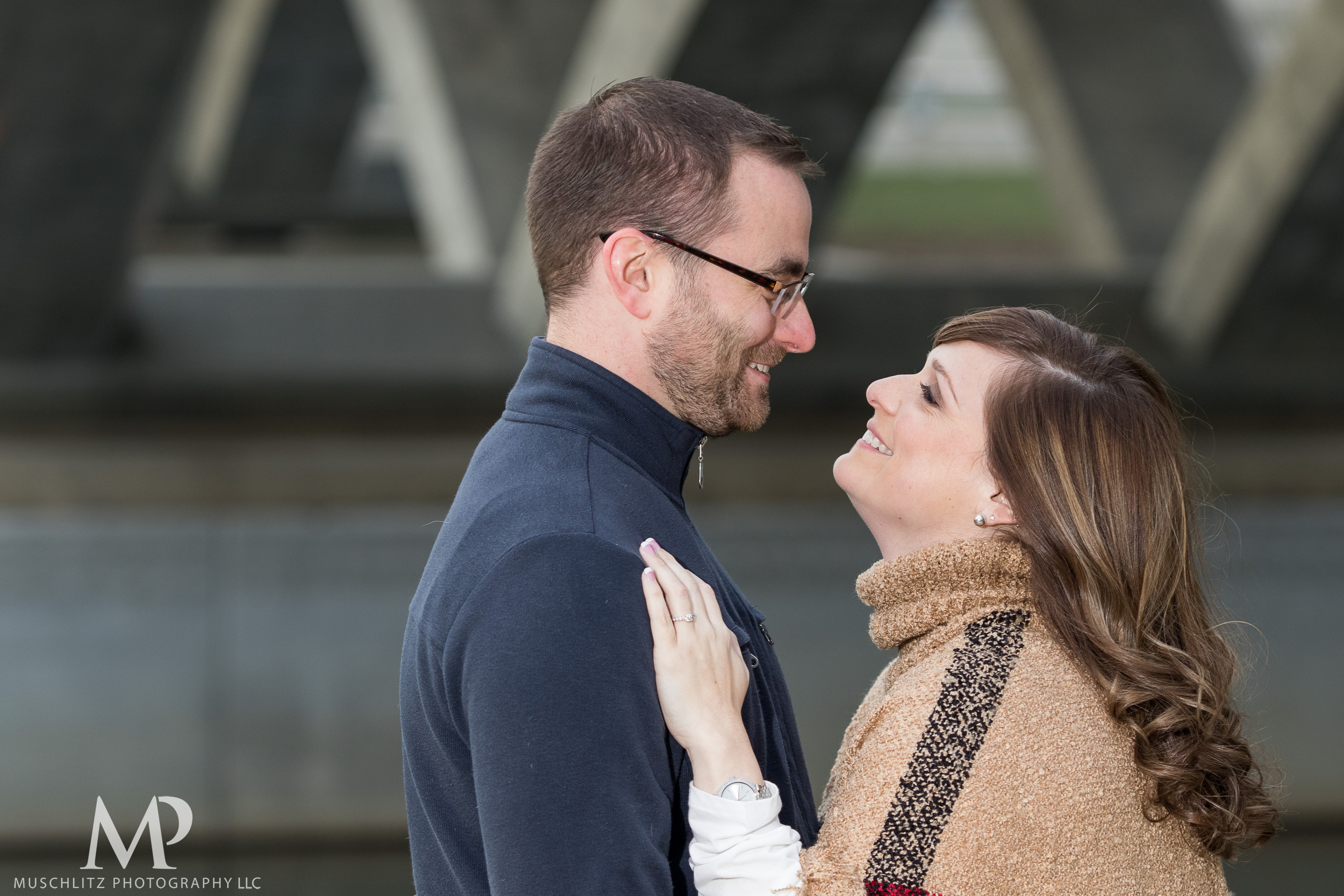 bicentennial-park-engagement-session-holiday-portraits-columbus-ohio-001.JPG