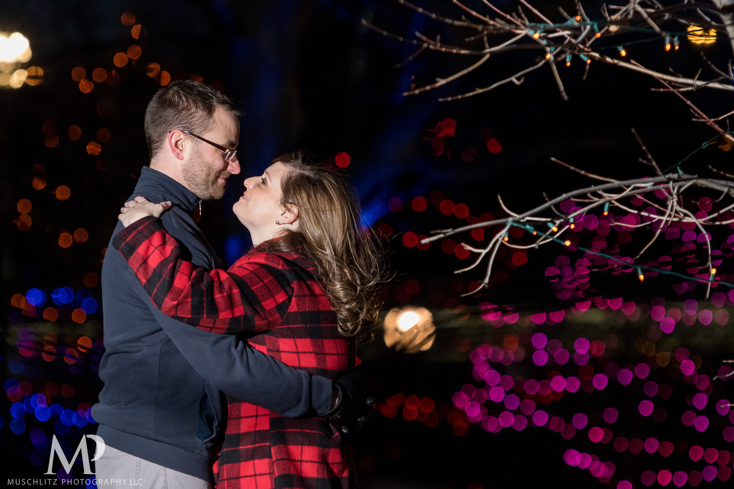 bicentennial-park-engagement-session-holiday-portraits-columbus-ohio-049.JPG