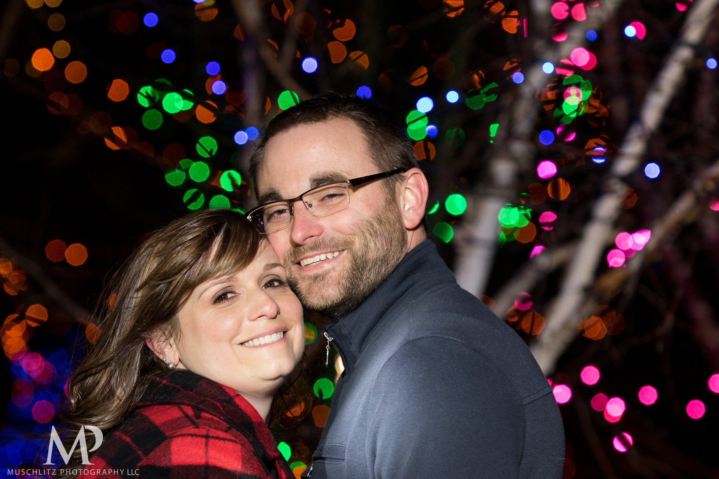 bicentennial-park-engagement-session-holiday-portraits-columbus-ohio-062.JPG