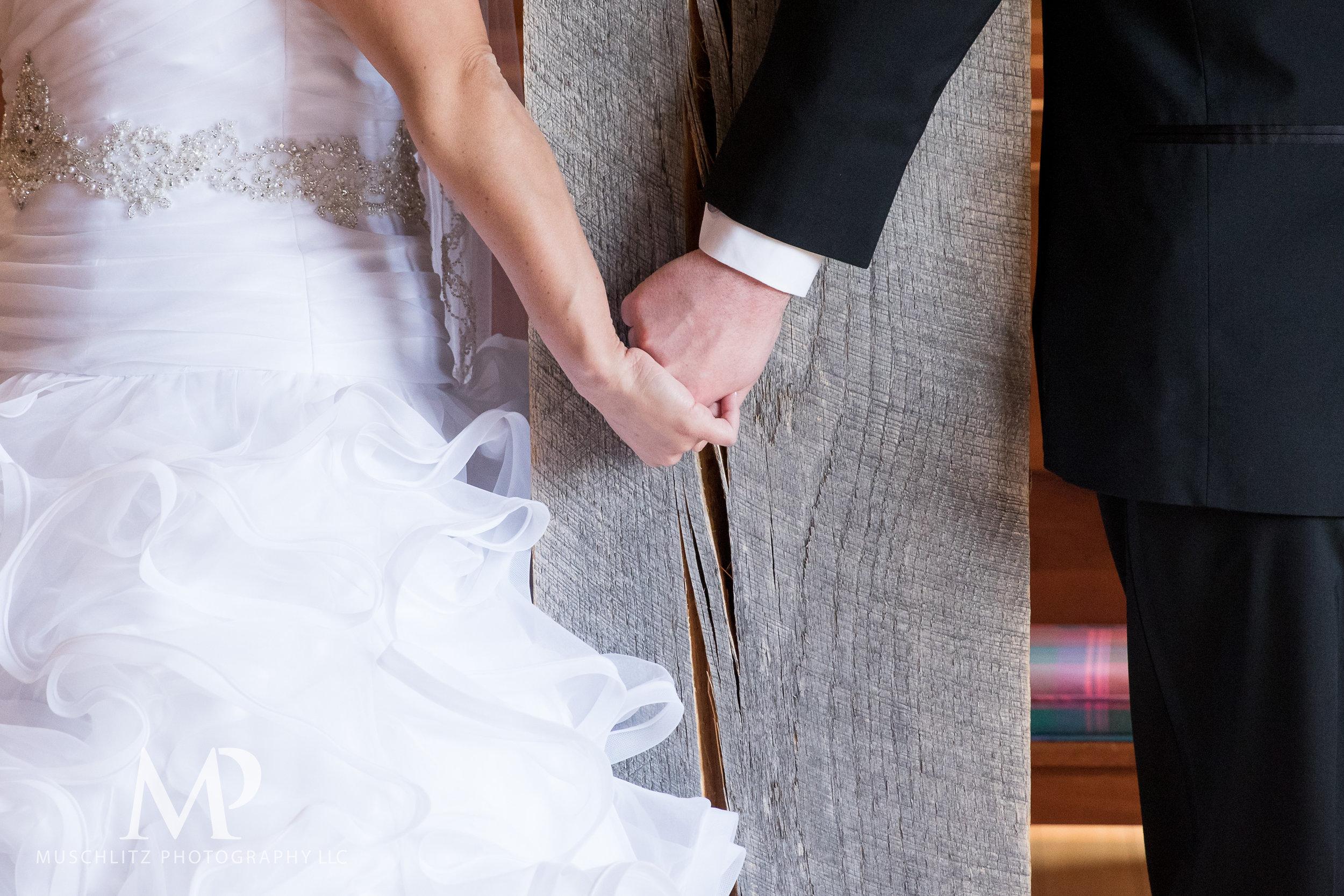 liberty-barn-presbyterian-church-wedding-delaware-columbus-ohio-muschlitz-photography-016.JPG