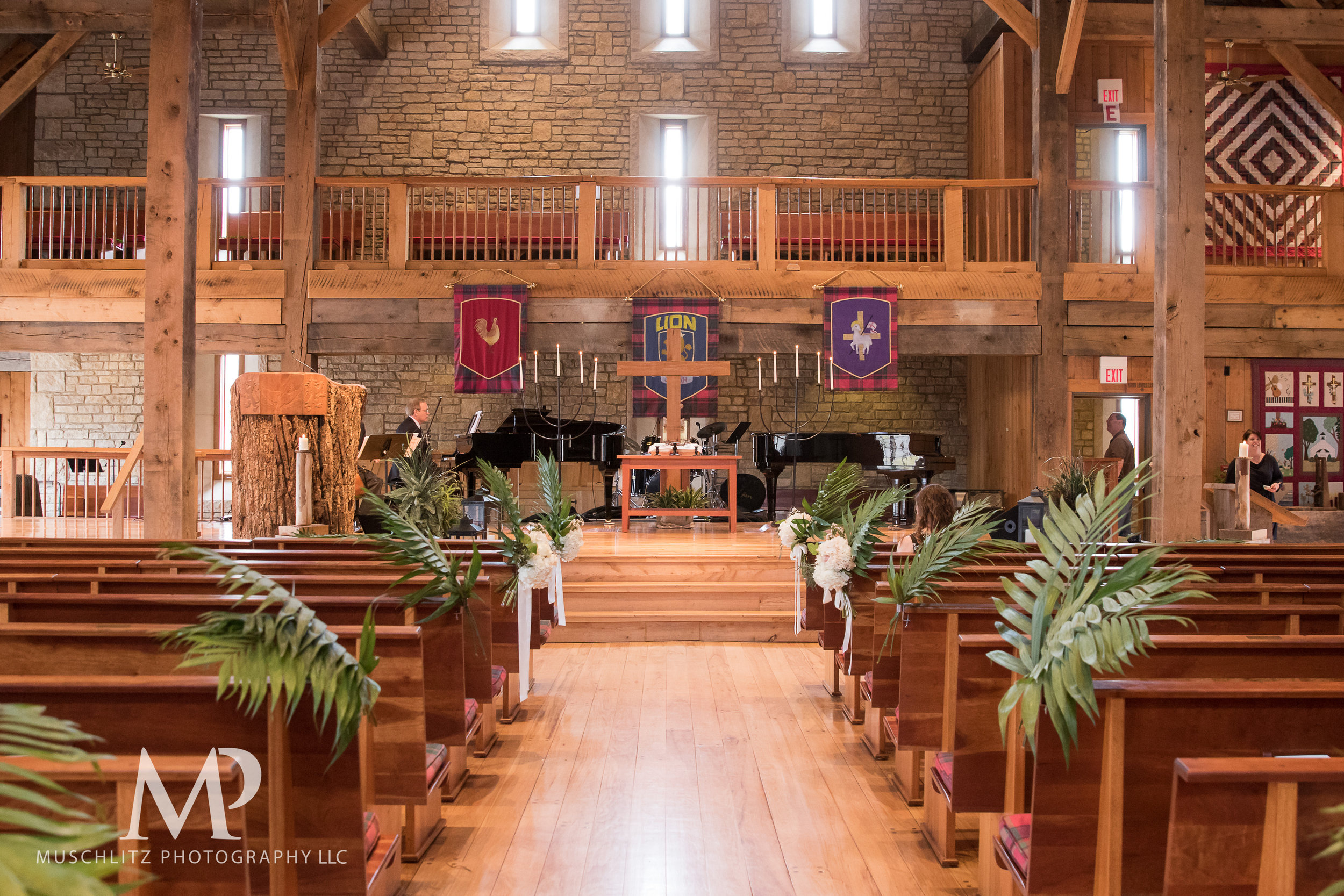 liberty-barn-presbyterian-church-wedding-delaware-columbus-ohio-muschlitz-photography-022.JPG