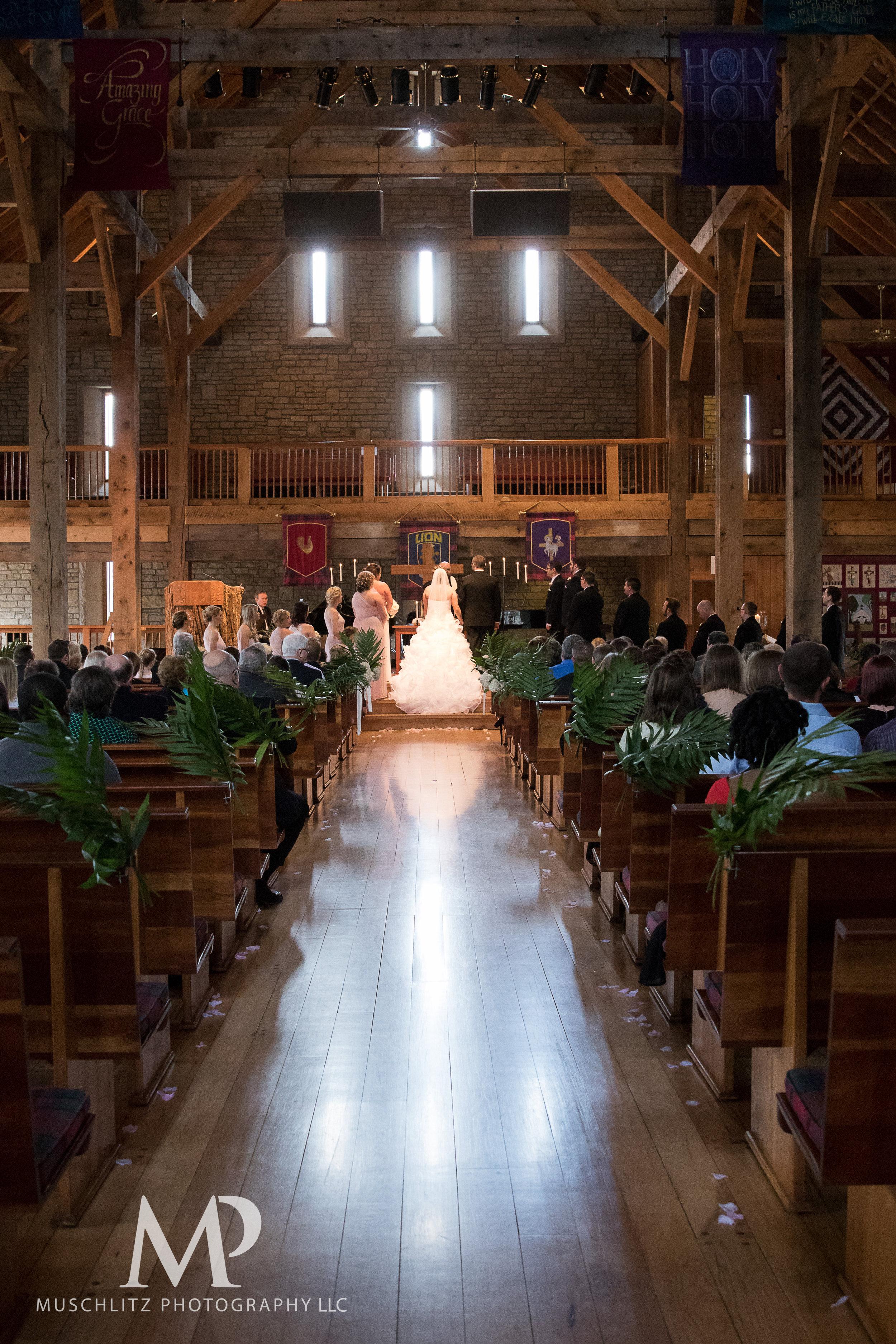 liberty-barn-presbyterian-church-wedding-delaware-columbus-ohio-muschlitz-photography-034.JPG