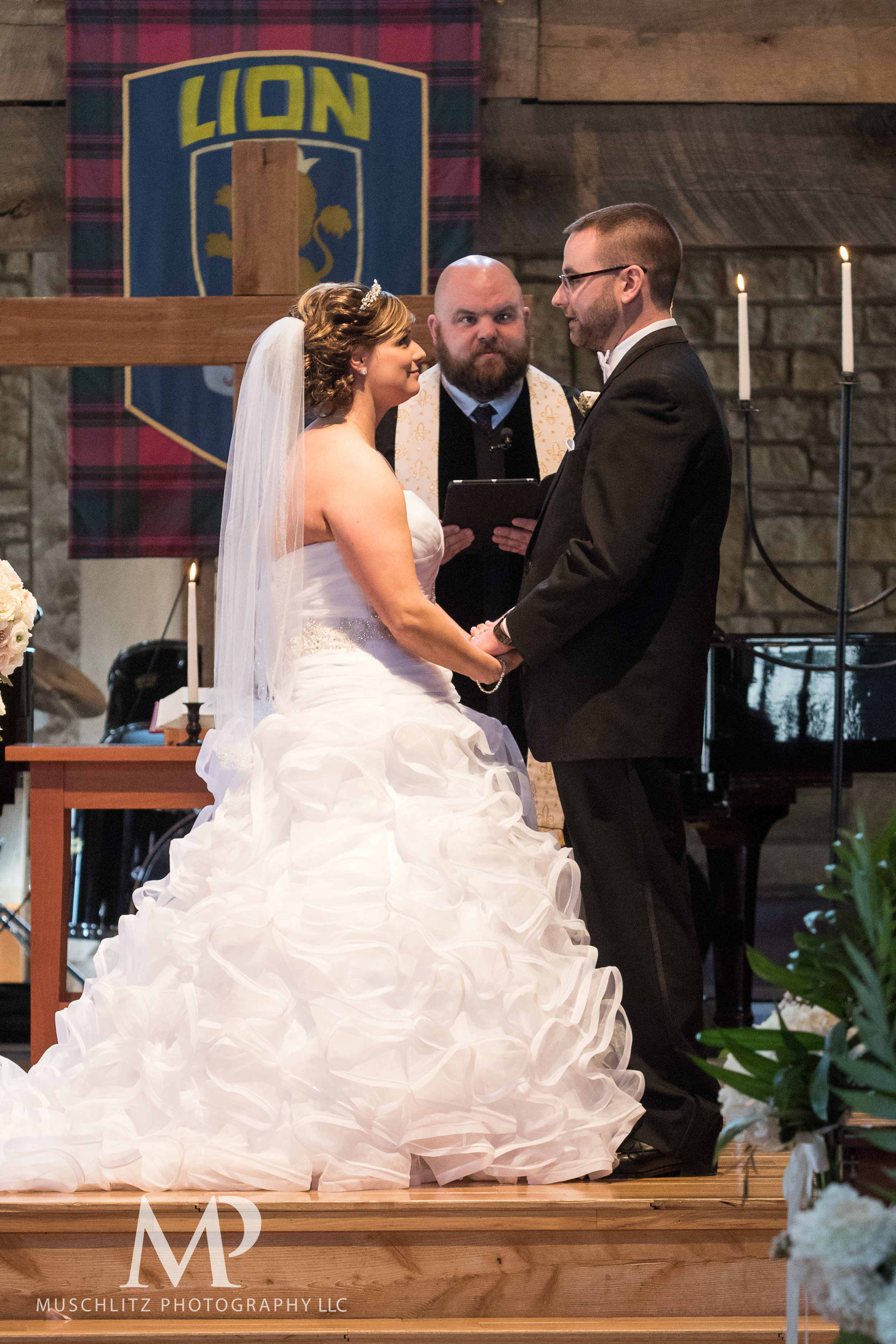 liberty-barn-presbyterian-church-wedding-delaware-columbus-ohio-muschlitz-photography-037.JPG