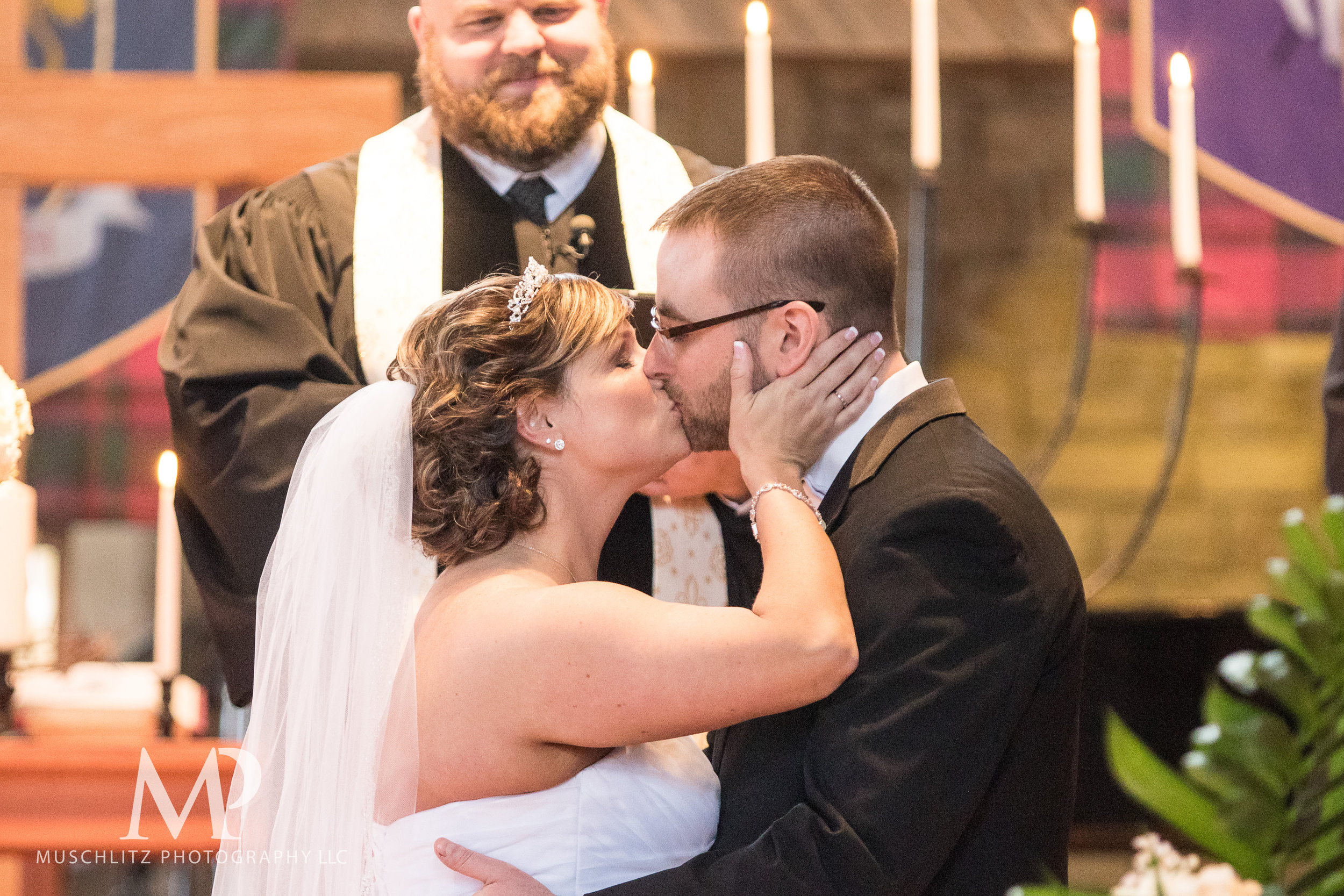 liberty-barn-presbyterian-church-wedding-delaware-columbus-ohio-muschlitz-photography-041.JPG