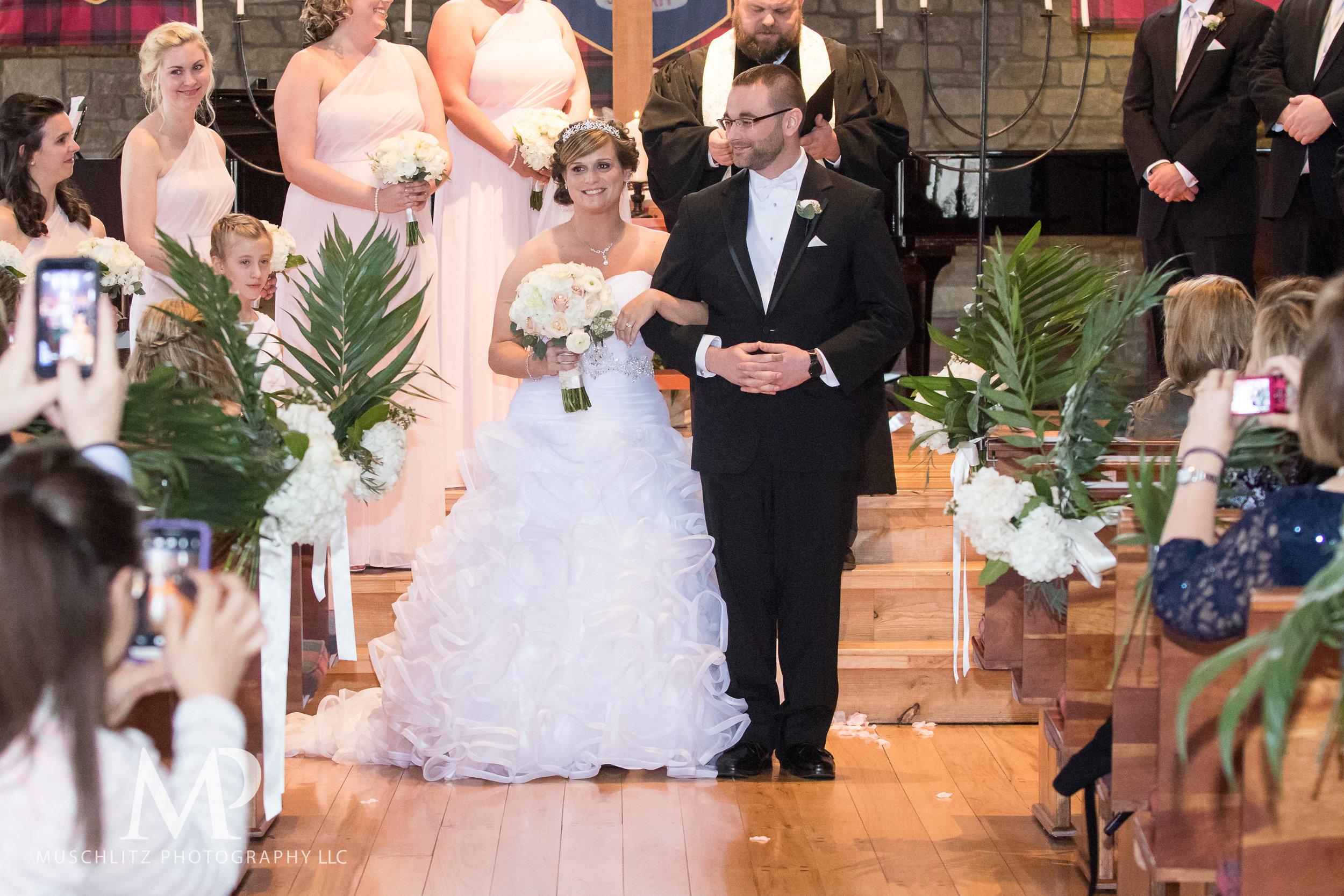 liberty-barn-presbyterian-church-wedding-delaware-columbus-ohio-muschlitz-photography-042.JPG