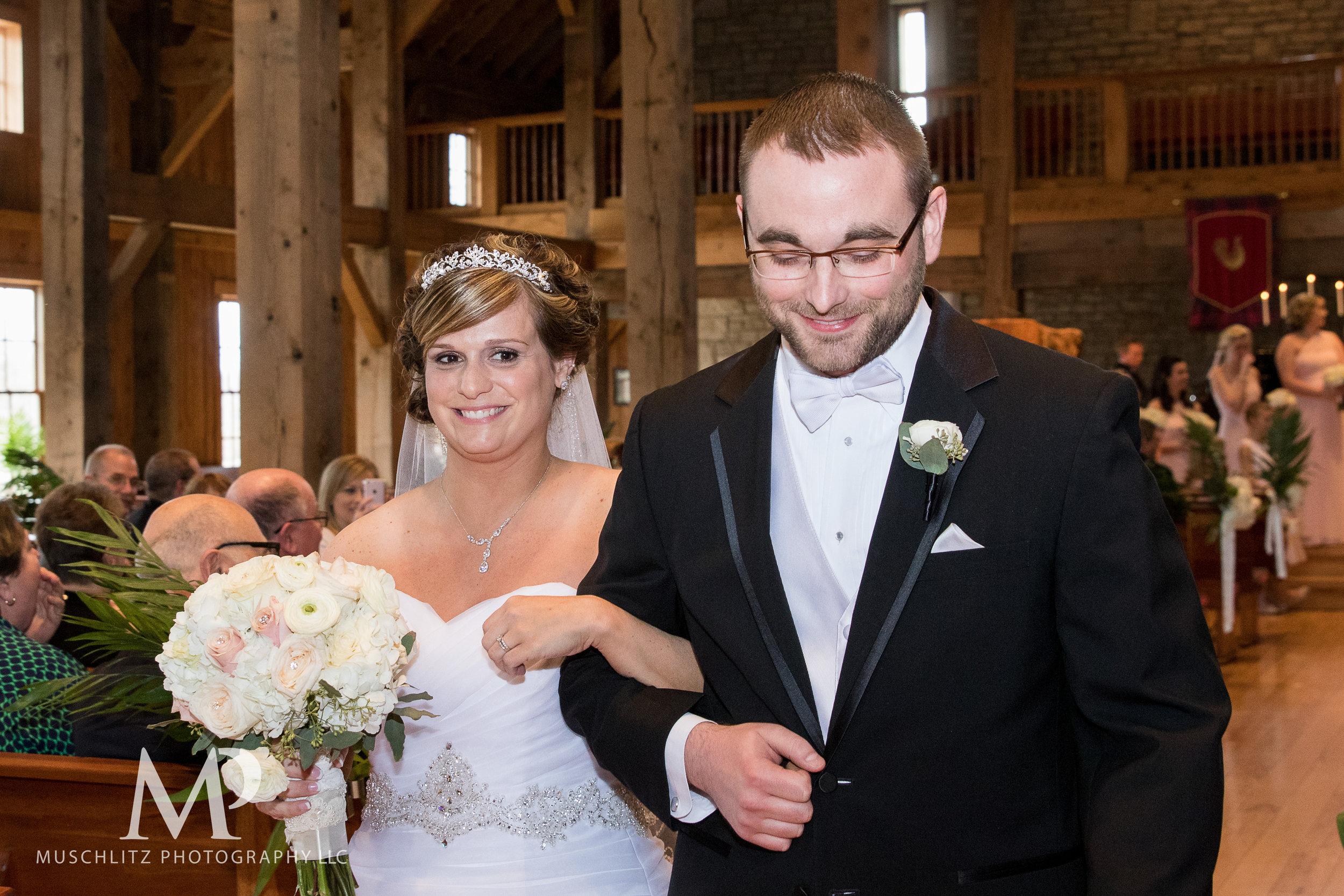 liberty-barn-presbyterian-church-wedding-delaware-columbus-ohio-muschlitz-photography-043.JPG