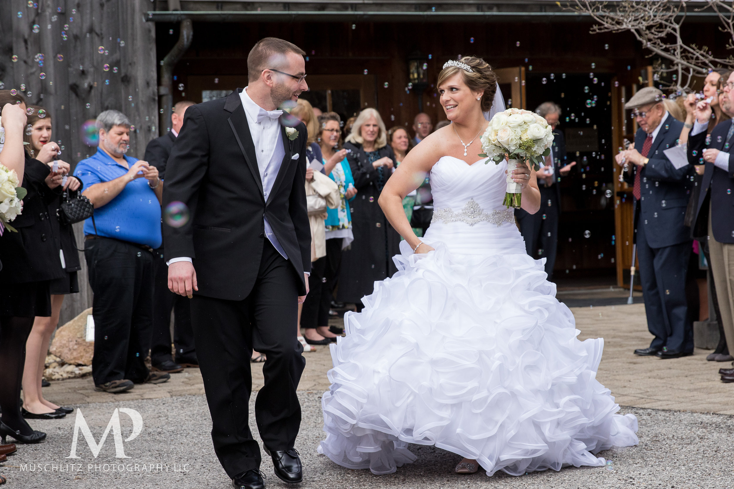 liberty-barn-presbyterian-church-wedding-delaware-columbus-ohio-muschlitz-photography-046.JPG