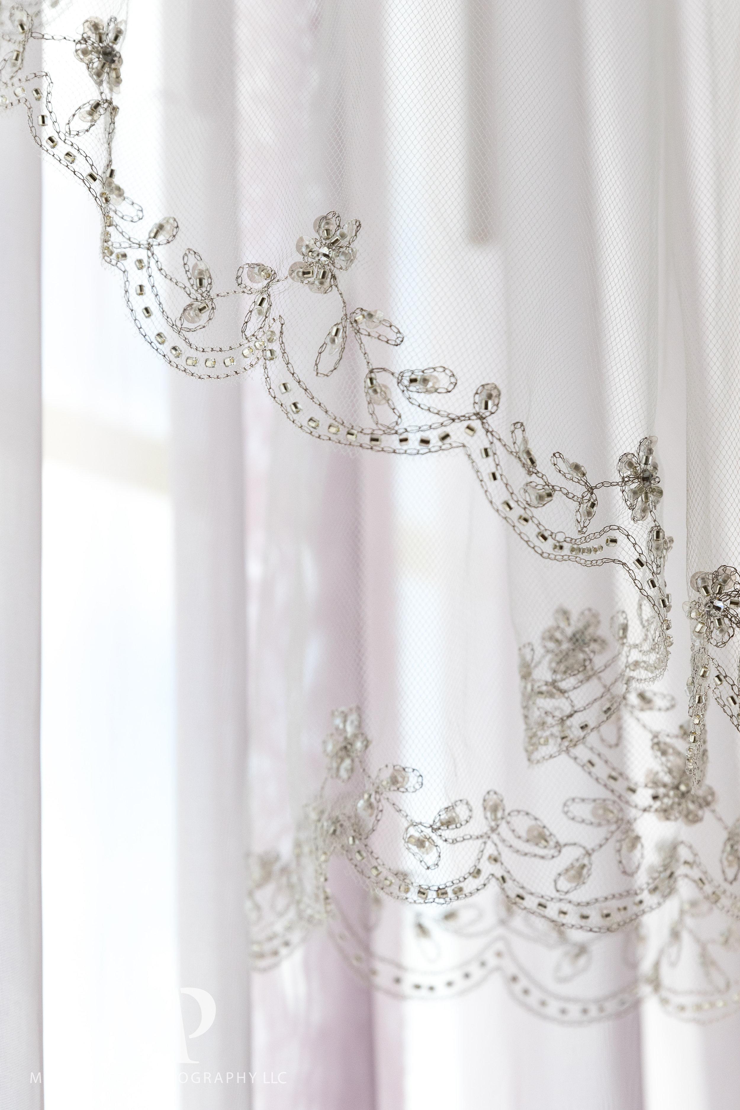 wedding-prep-hilton-polaris-columbus-ohio-muschlitz-photography-006.JPG