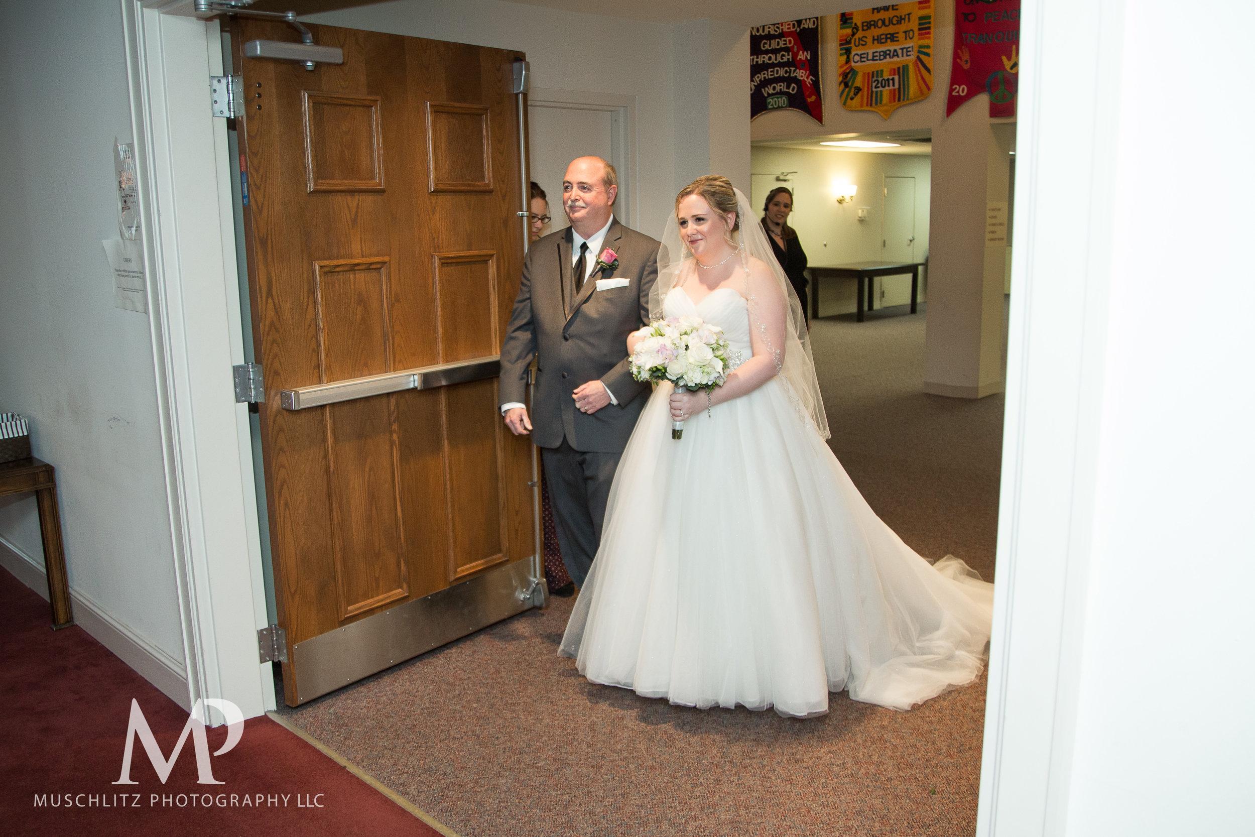 dublin-community-church-wedding-columbus-ohio-muschlitz-photography-031.JPG