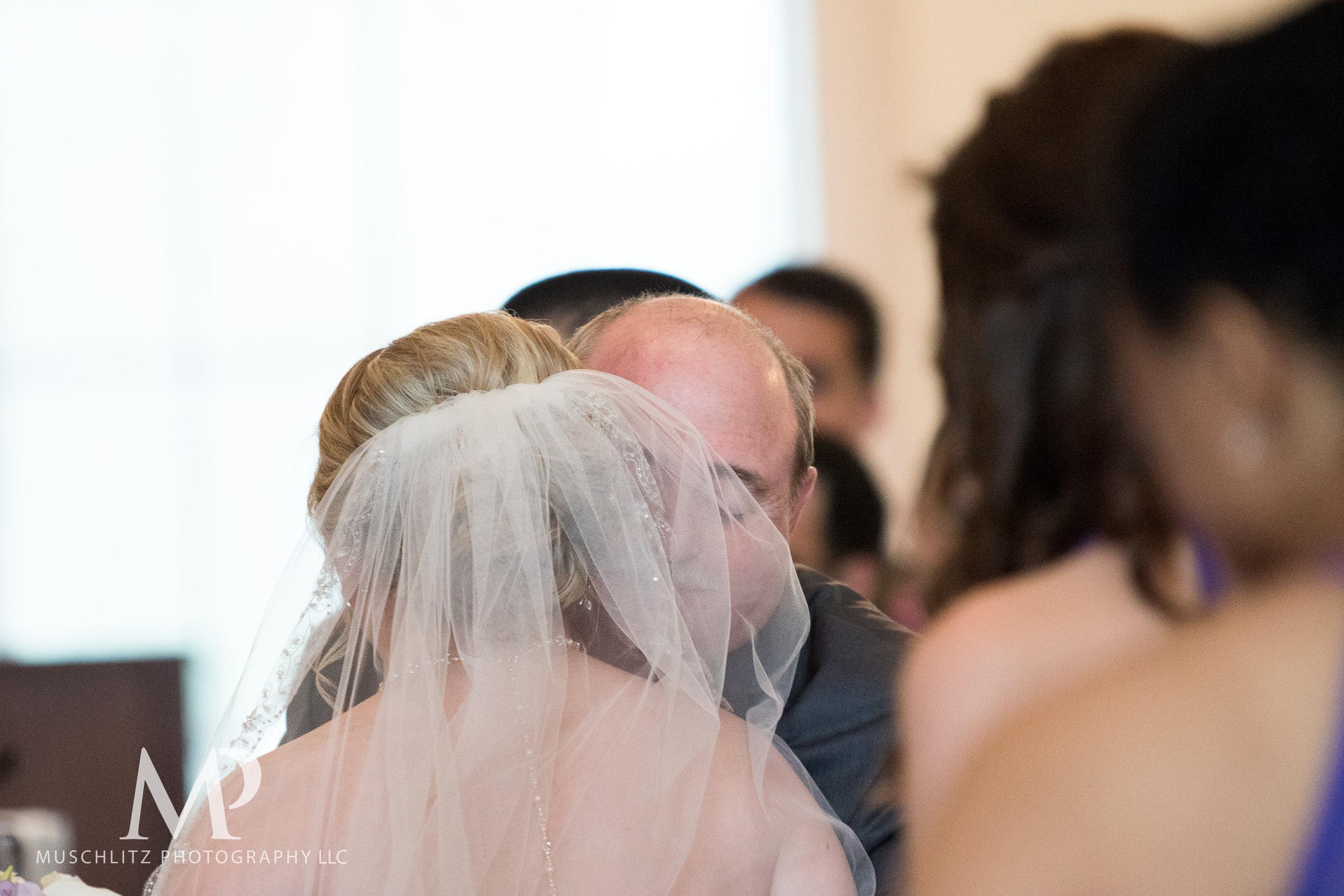 dublin-community-church-wedding-columbus-ohio-muschlitz-photography-040.JPG