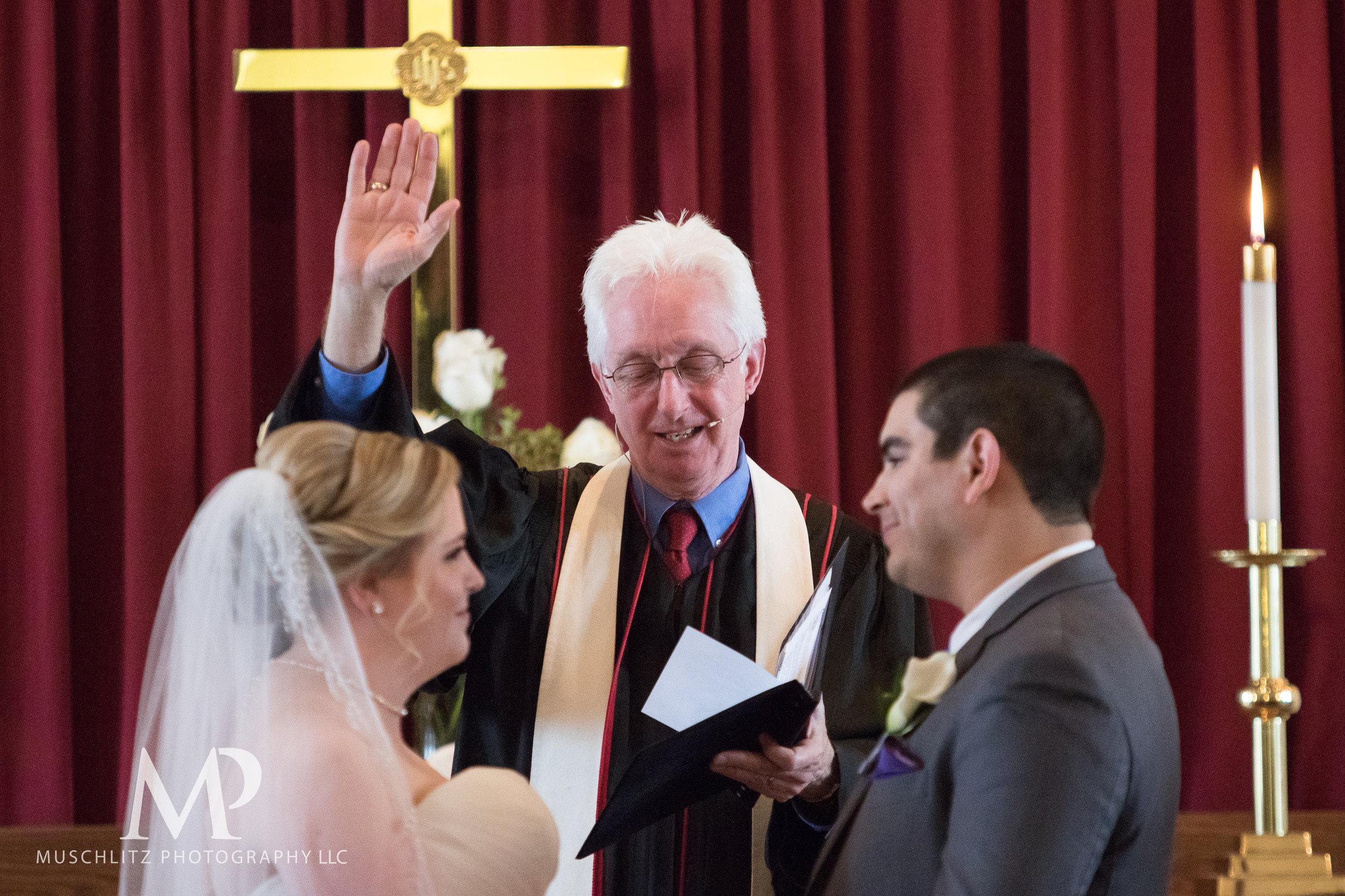dublin-community-church-wedding-columbus-ohio-muschlitz-photography-056.JPG