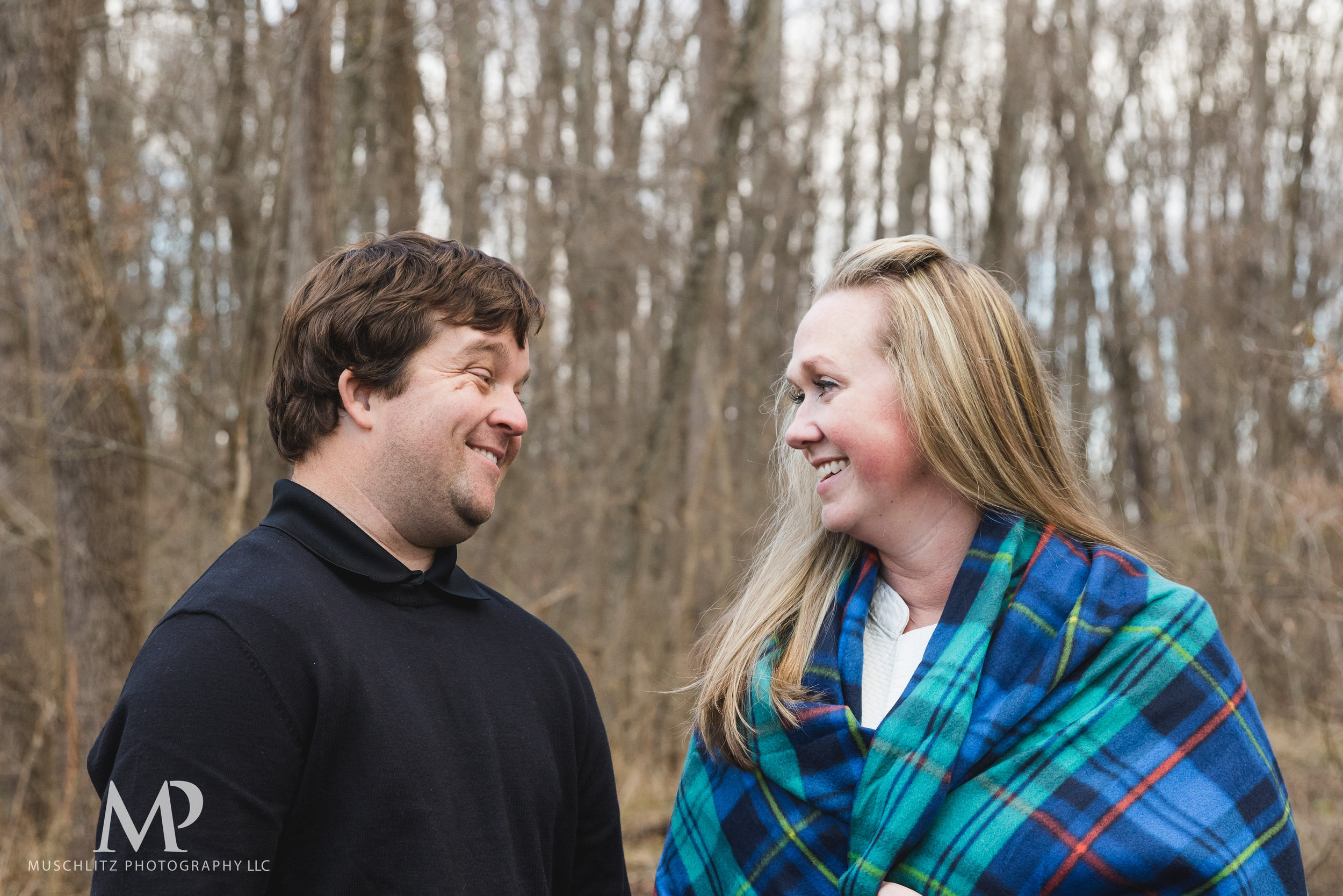 Gahanna-Columbus-Ohio-Winter-Engagement-Portrait-Photographer-Outdoors-muschlitz-photography035.JPG