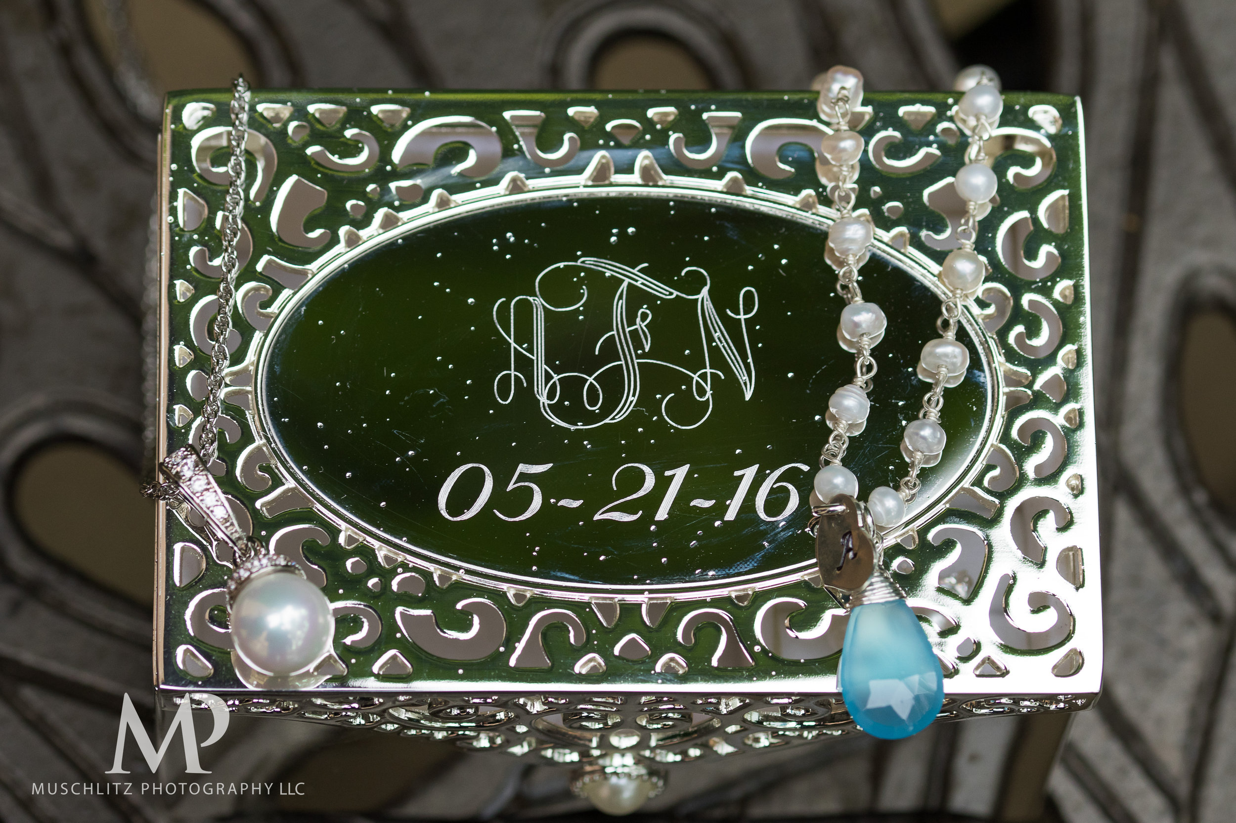 club-at-corazon-wedding-ceremony-reception-columbus-dublin-ohio-ohio-university-theme-009.JPG