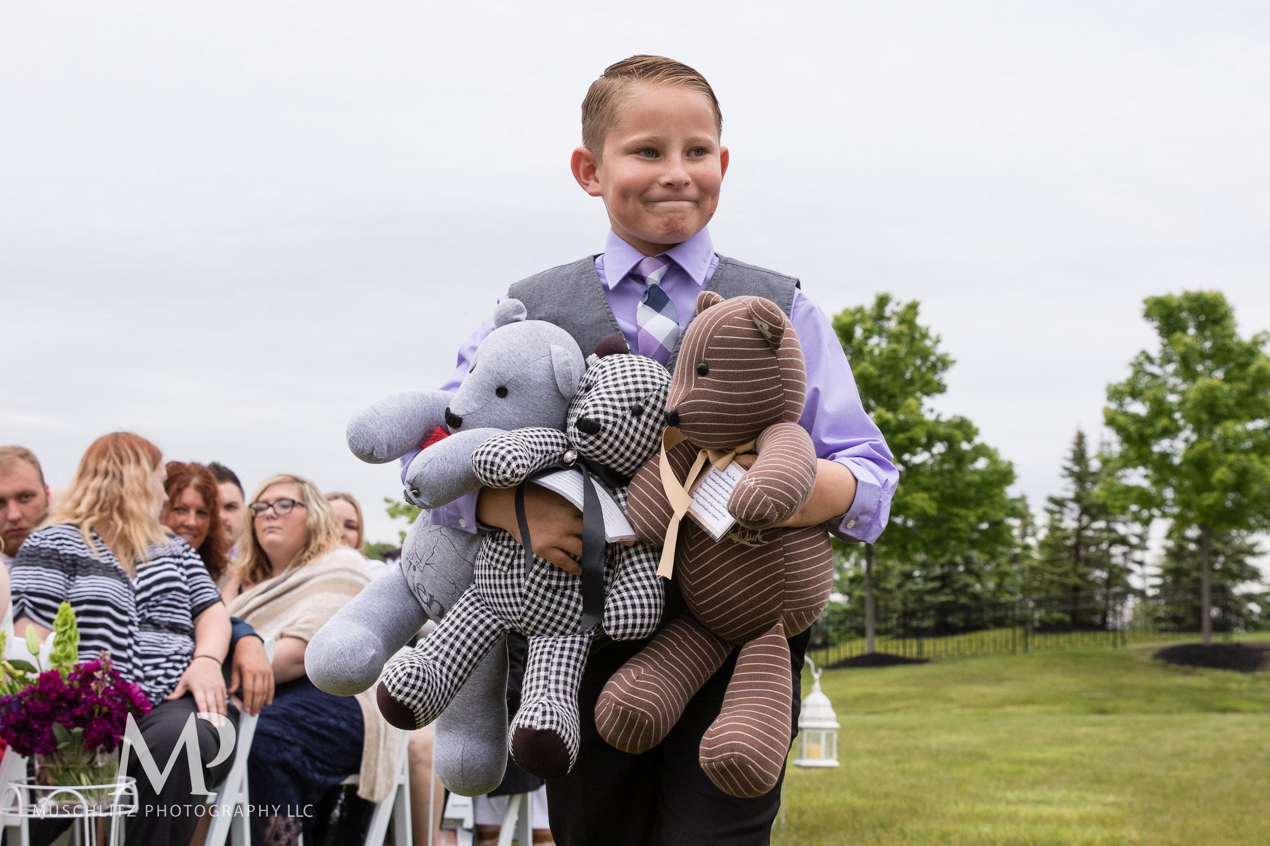 club-at-corazon-wedding-ceremony-reception-columbus-dublin-ohio-ohio-university-theme-024.JPG