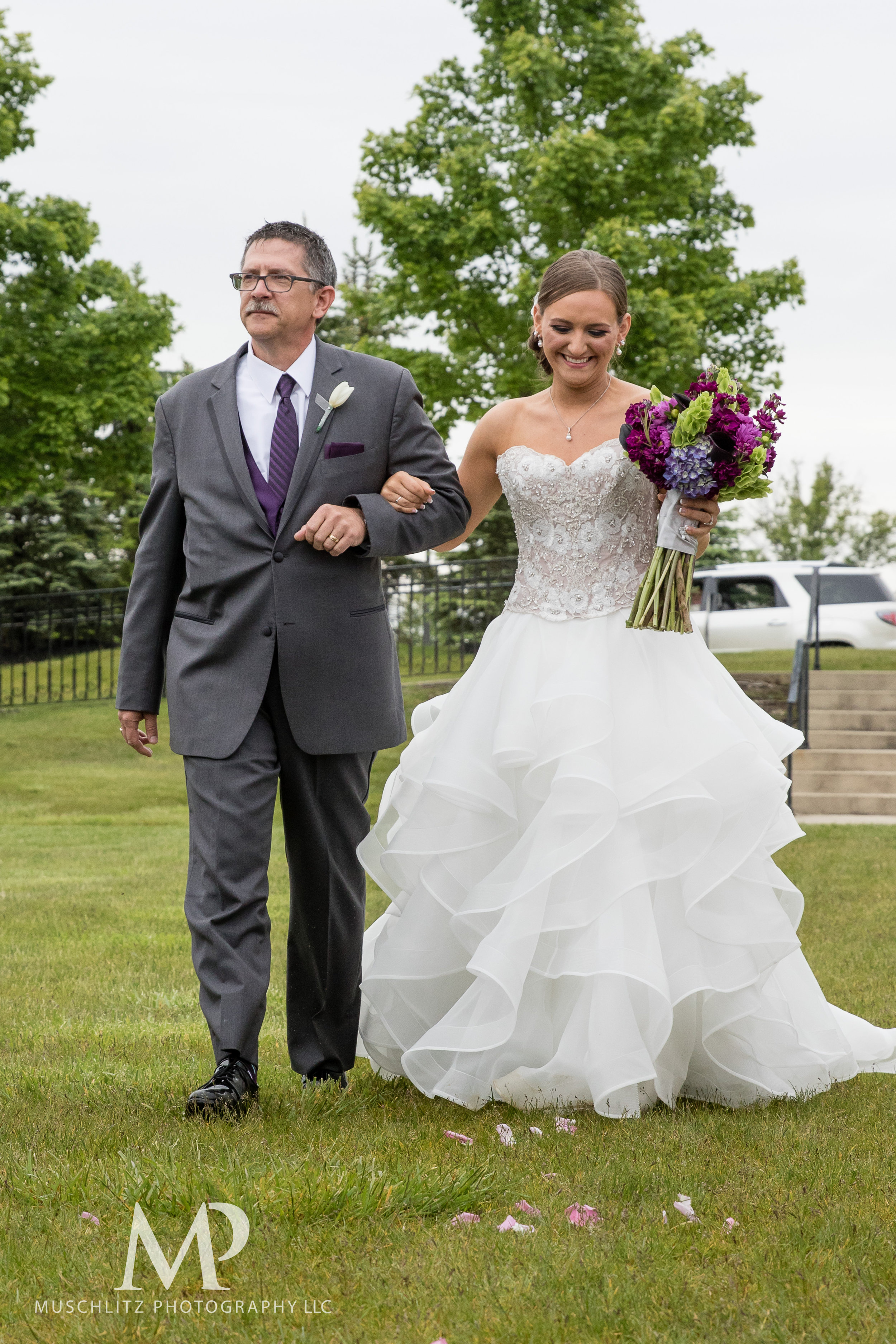 club-at-corazon-wedding-ceremony-reception-columbus-dublin-ohio-ohio-university-theme-028.JPG