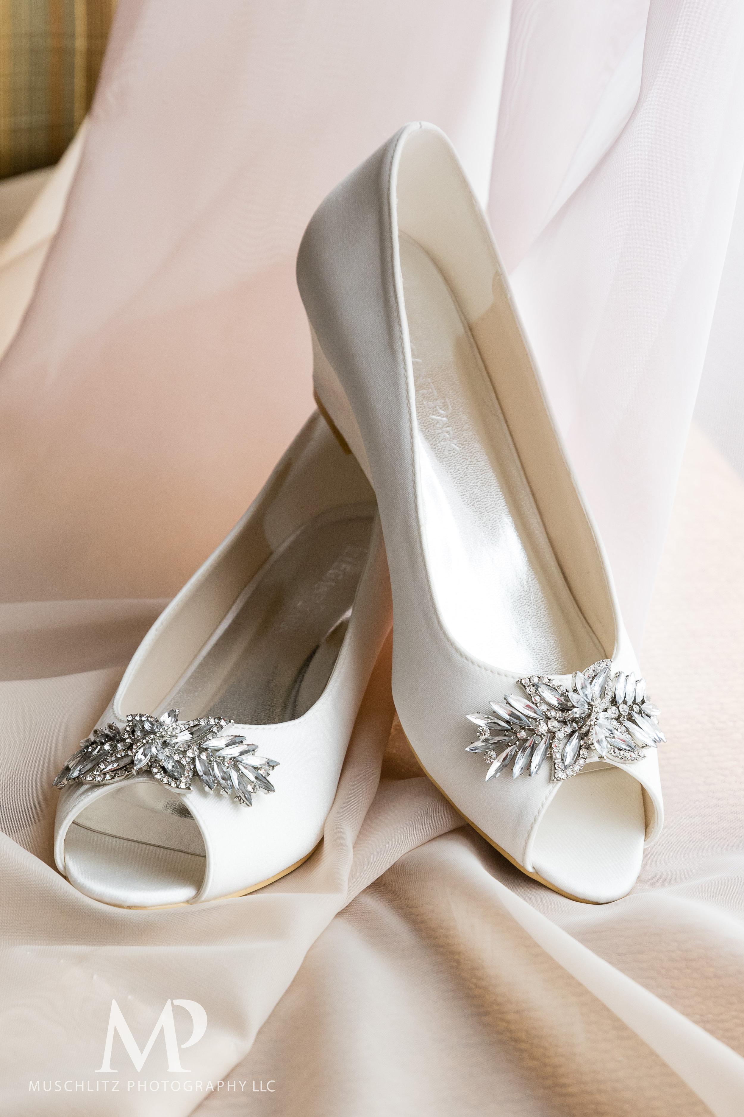 01-Wedding-Prep-045.JPG
