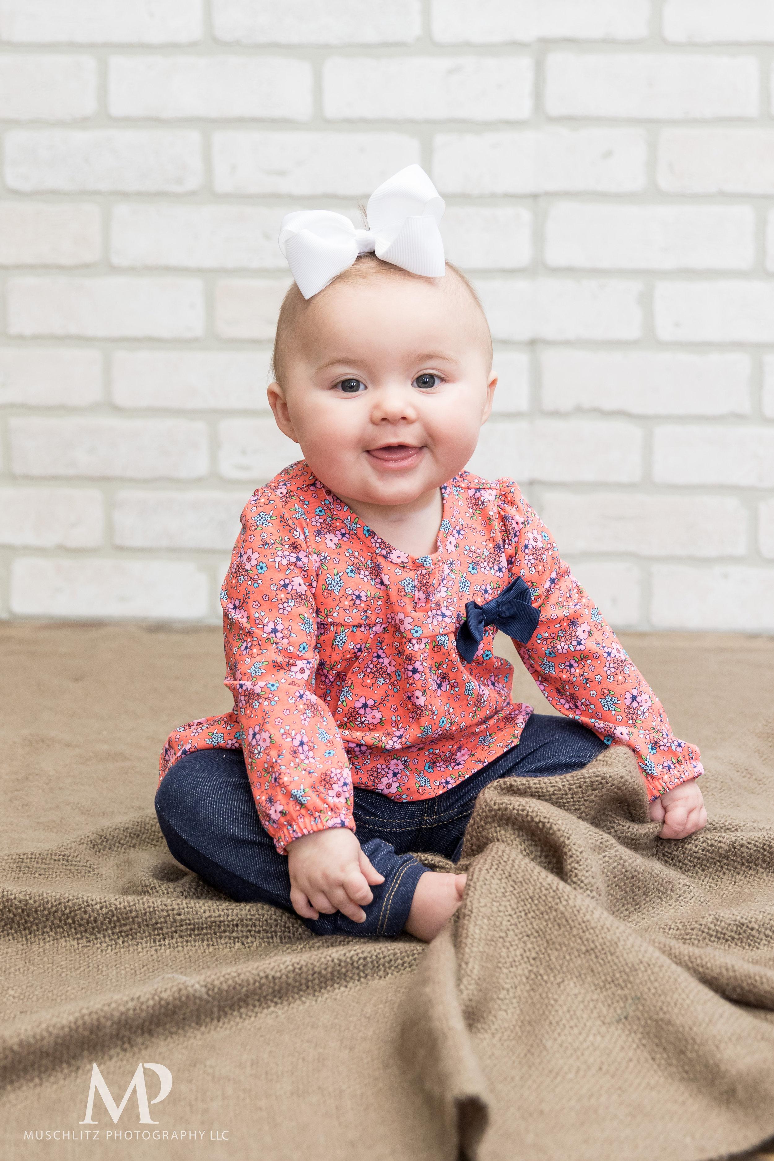 6-month-portraits-baby-photographer-columbus-ohio-gahanna-muschlitz-photography-001.JPG