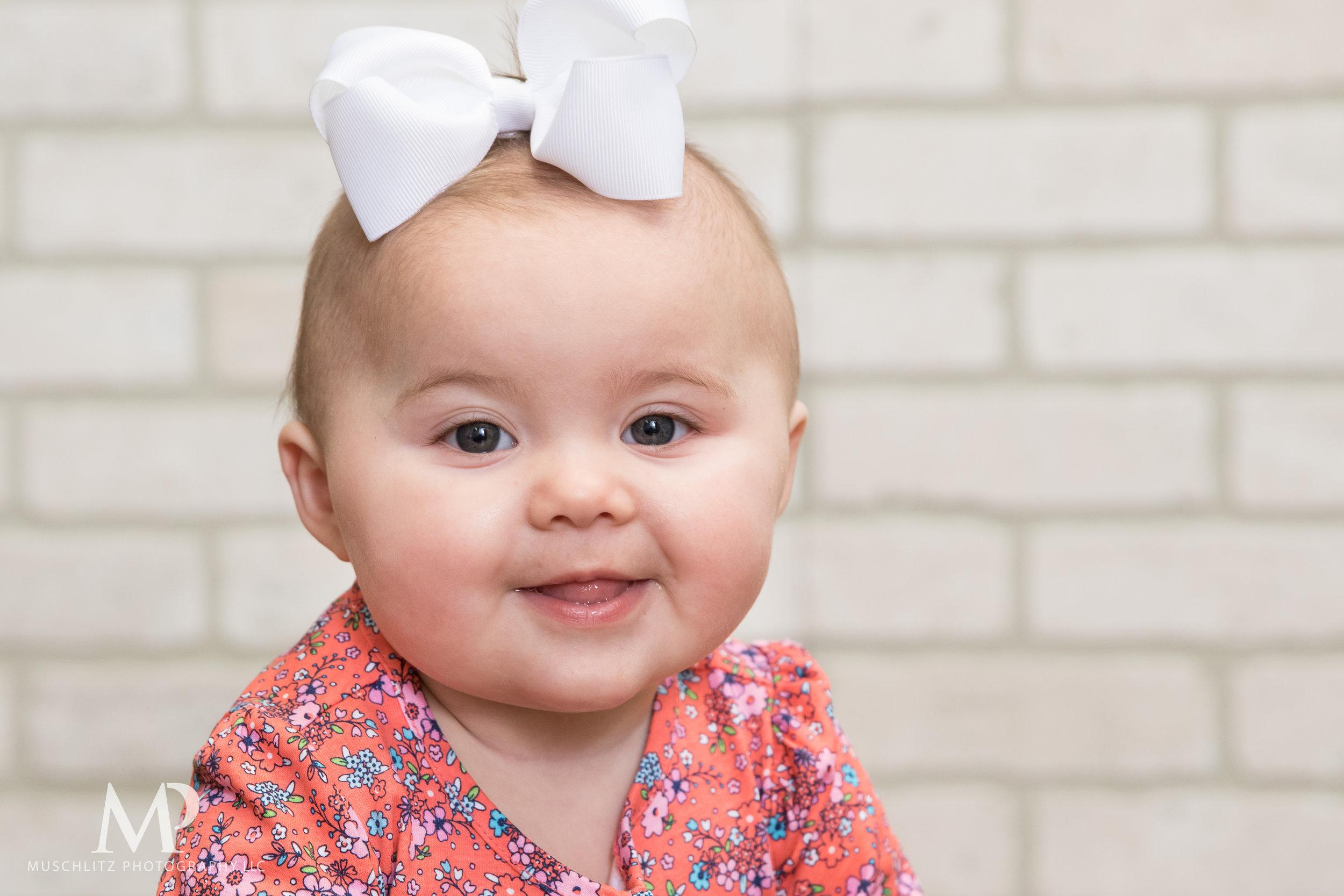 6-month-portraits-baby-photographer-columbus-ohio-gahanna-muschlitz-photography-003.JPG
