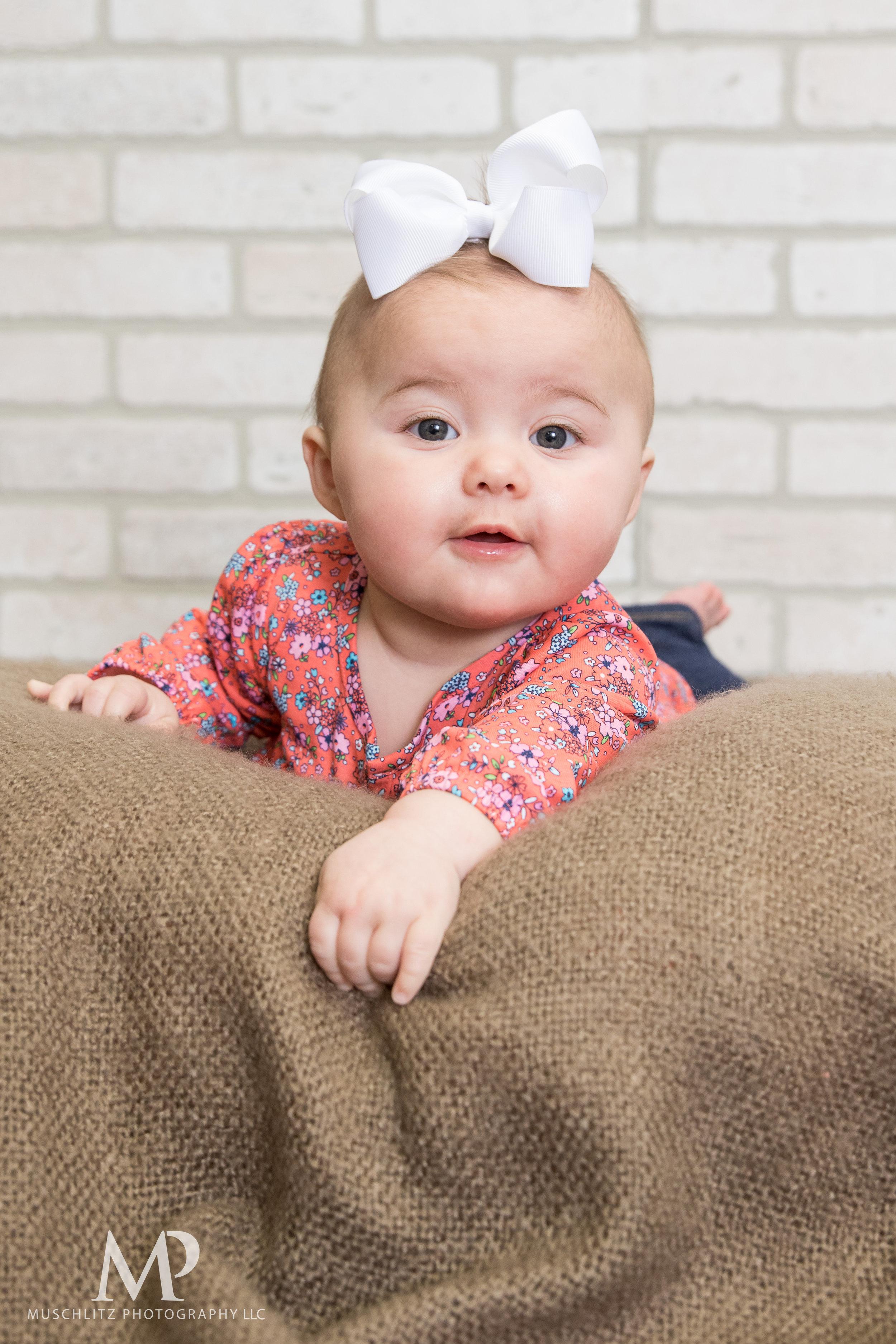 6-month-portraits-baby-photographer-columbus-ohio-gahanna-muschlitz-photography-004.JPG