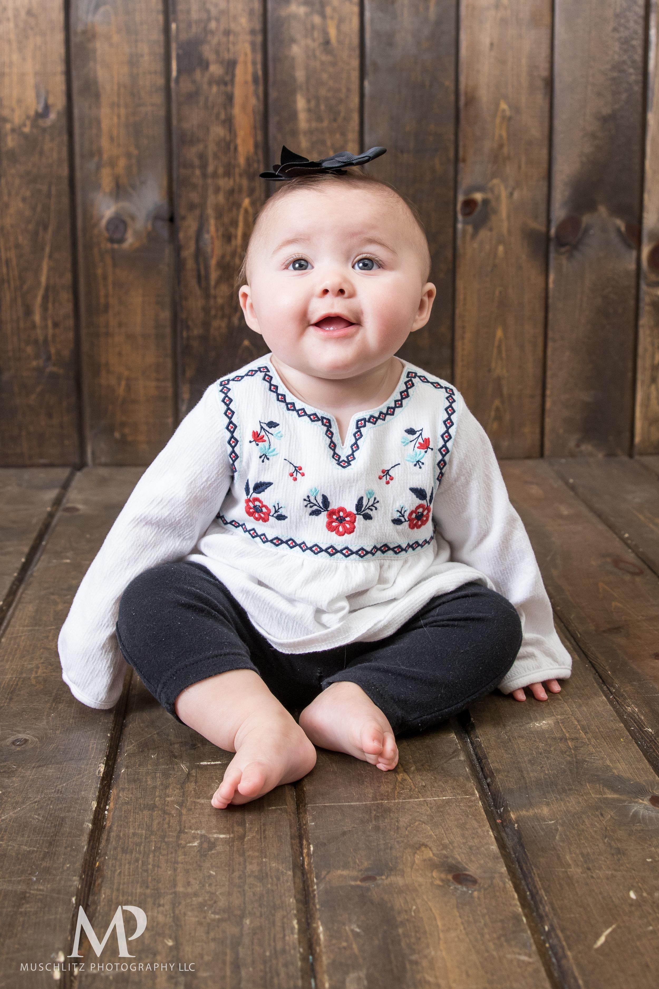 6-month-portraits-baby-photographer-columbus-ohio-gahanna-muschlitz-photography-015.JPG