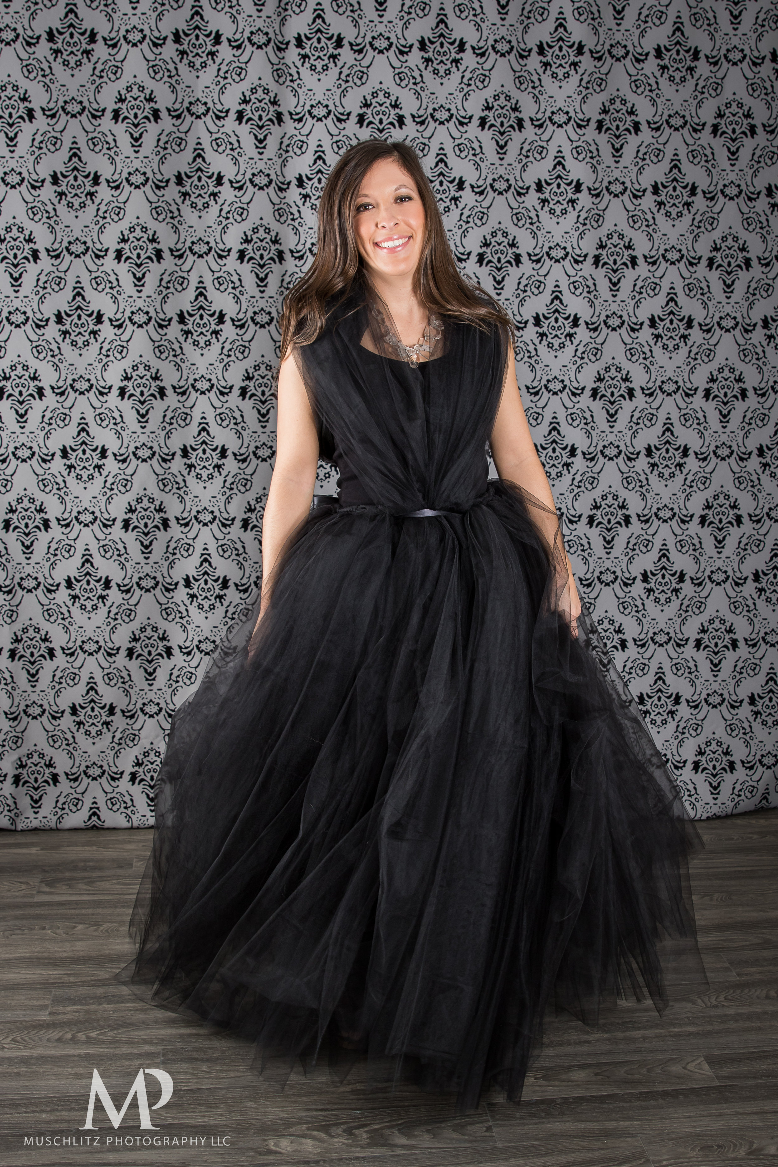 beauty-bridal-glam-the-dress-portraits-photographer-studio-columbus-ohio-gahanna-muschlitz-photography-013.JPG