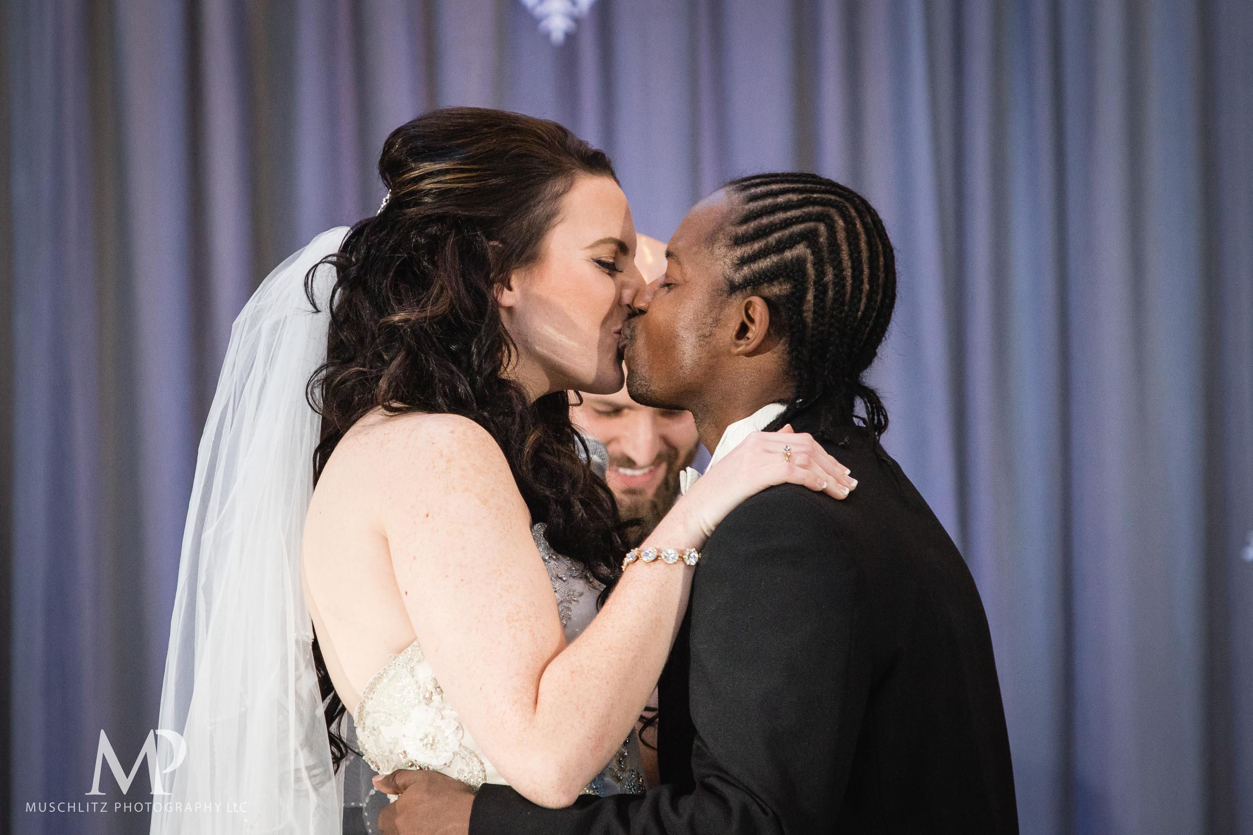 greater-columbus-convention-center-winter-wedding-ceremony-reception-portraits-columbus-ohio-muschlitz-photography-031.JPG