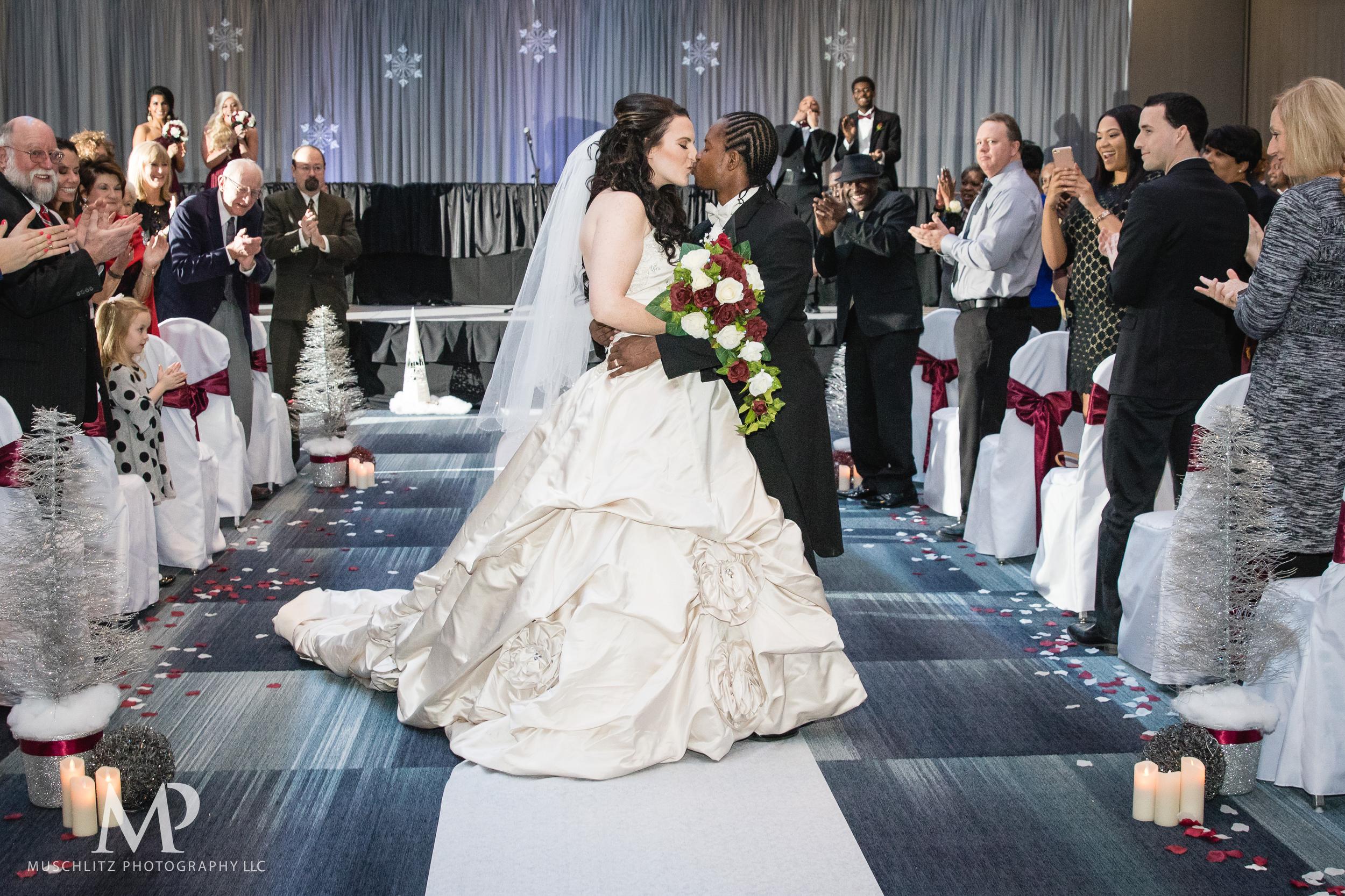 greater-columbus-convention-center-winter-wedding-ceremony-reception-portraits-columbus-ohio-muschlitz-photography-034.JPG