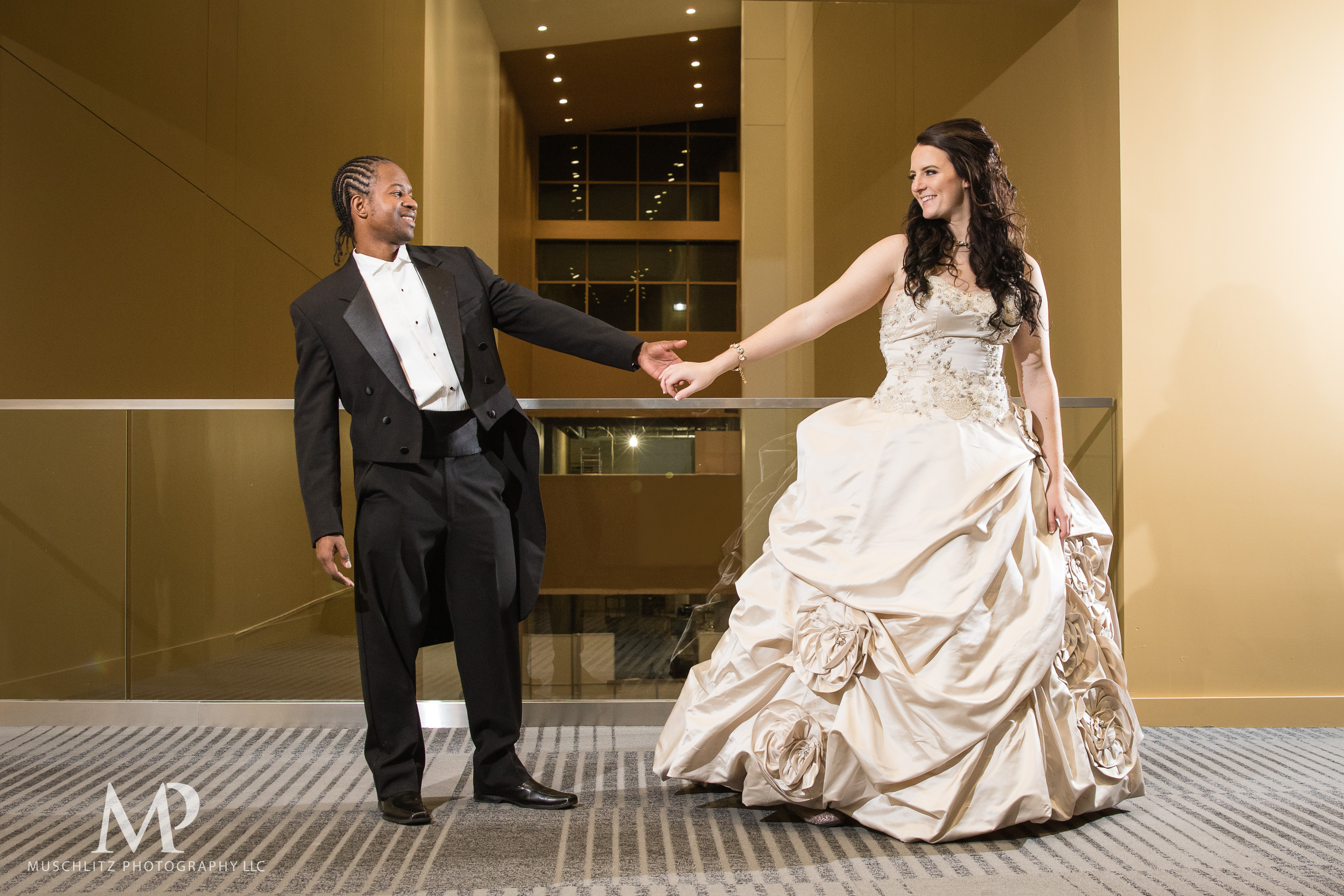 greater-columbus-convention-center-winter-wedding-ceremony-reception-portraits-columbus-ohio-muschlitz-photography-054.JPG