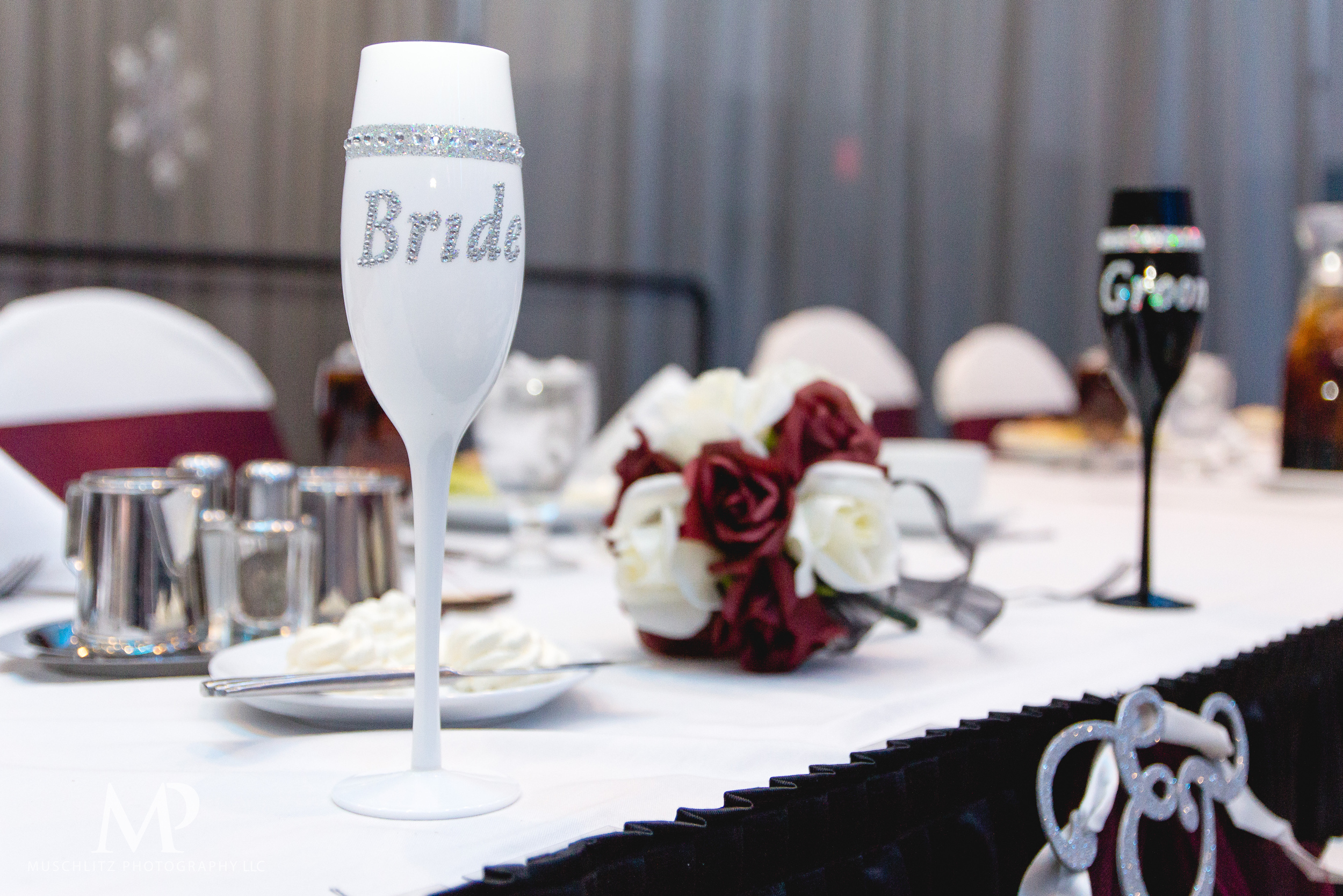 greater-columbus-convention-center-winter-wedding-ceremony-reception-portraits-columbus-ohio-muschlitz-photography-063.JPG