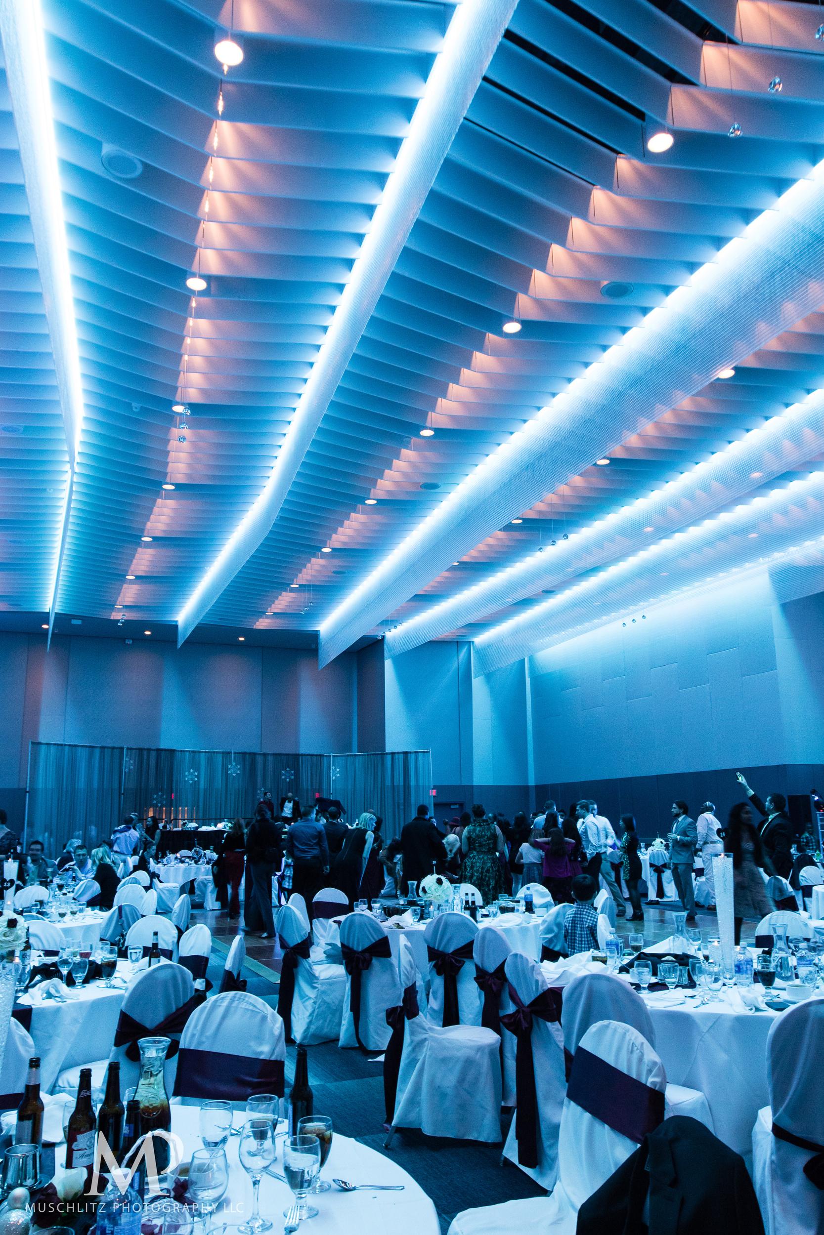 greater-columbus-convention-center-winter-wedding-ceremony-reception-portraits-columbus-ohio-muschlitz-photography-086.JPG