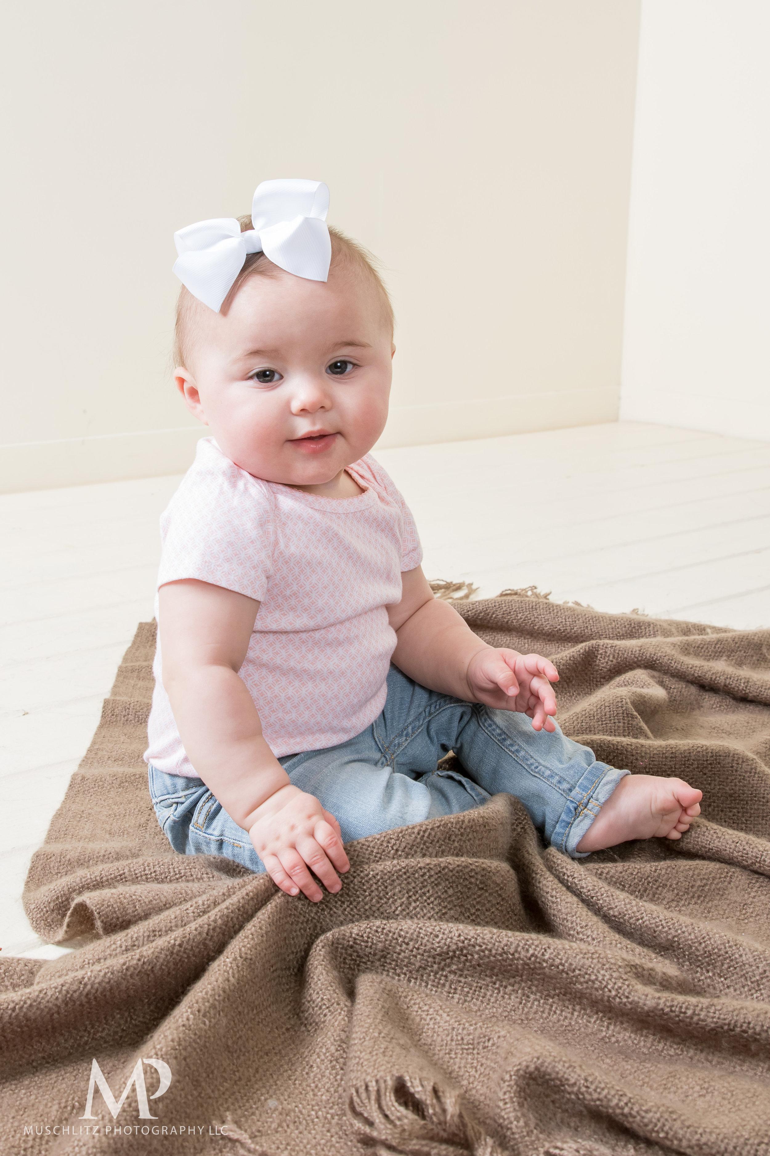 0-family-baby-portrait-gahanna-columbus-photographer-studio-009.JPG
