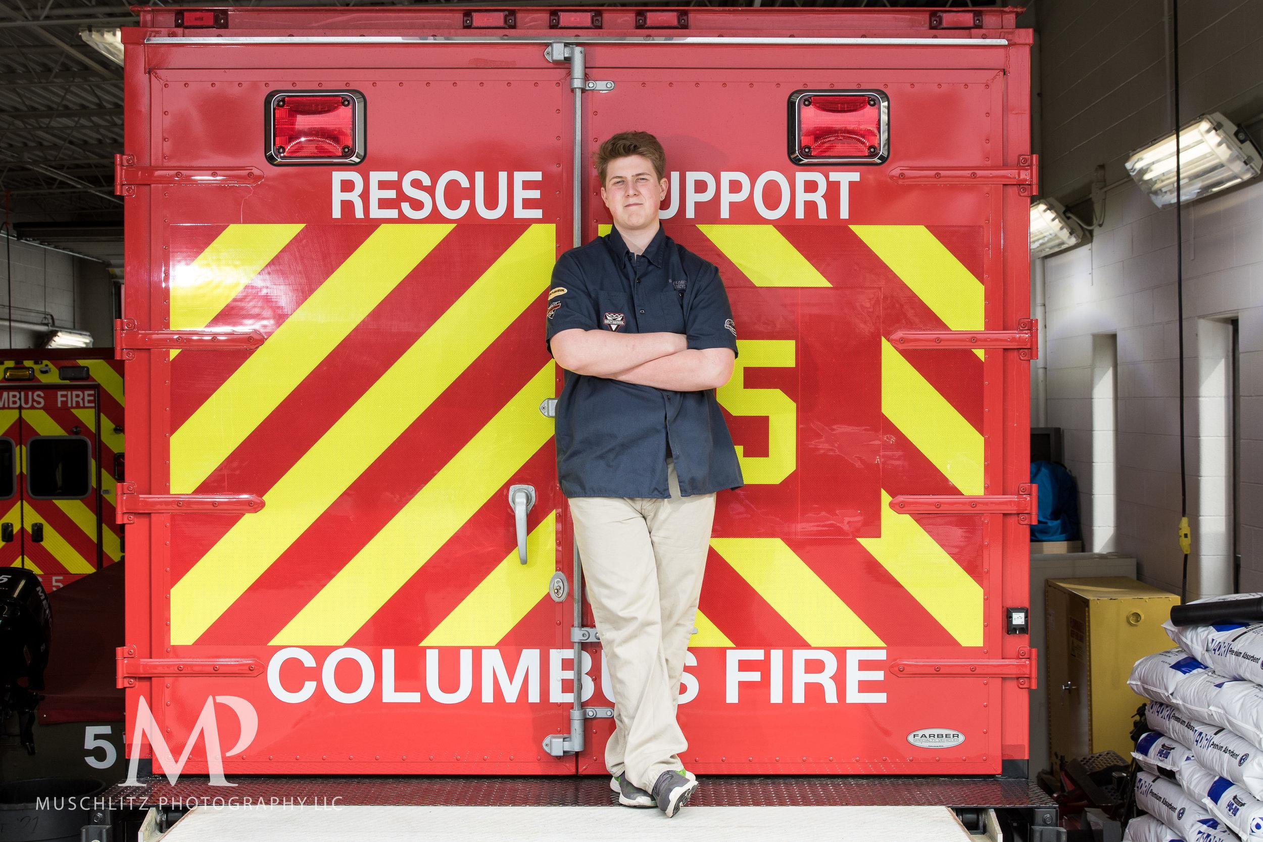 senior-portrait-fire-station-fireman-gahanna-columbus-photographer-studio-006.JPG