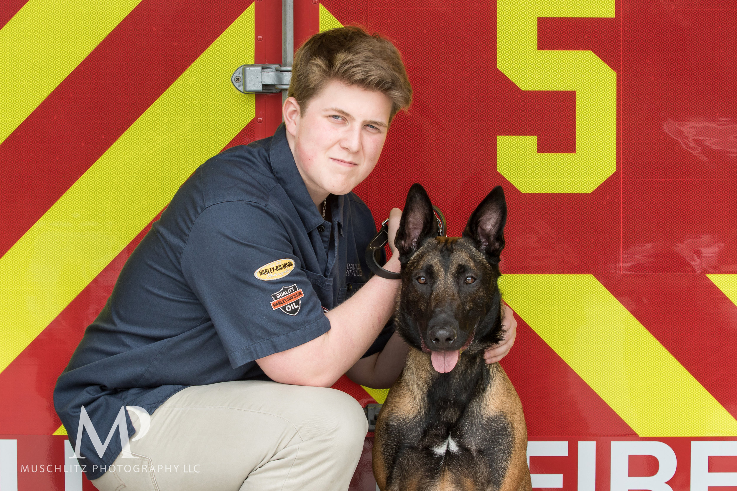 senior-portrait-fire-station-fireman-gahanna-columbus-photographer-studio-007.JPG