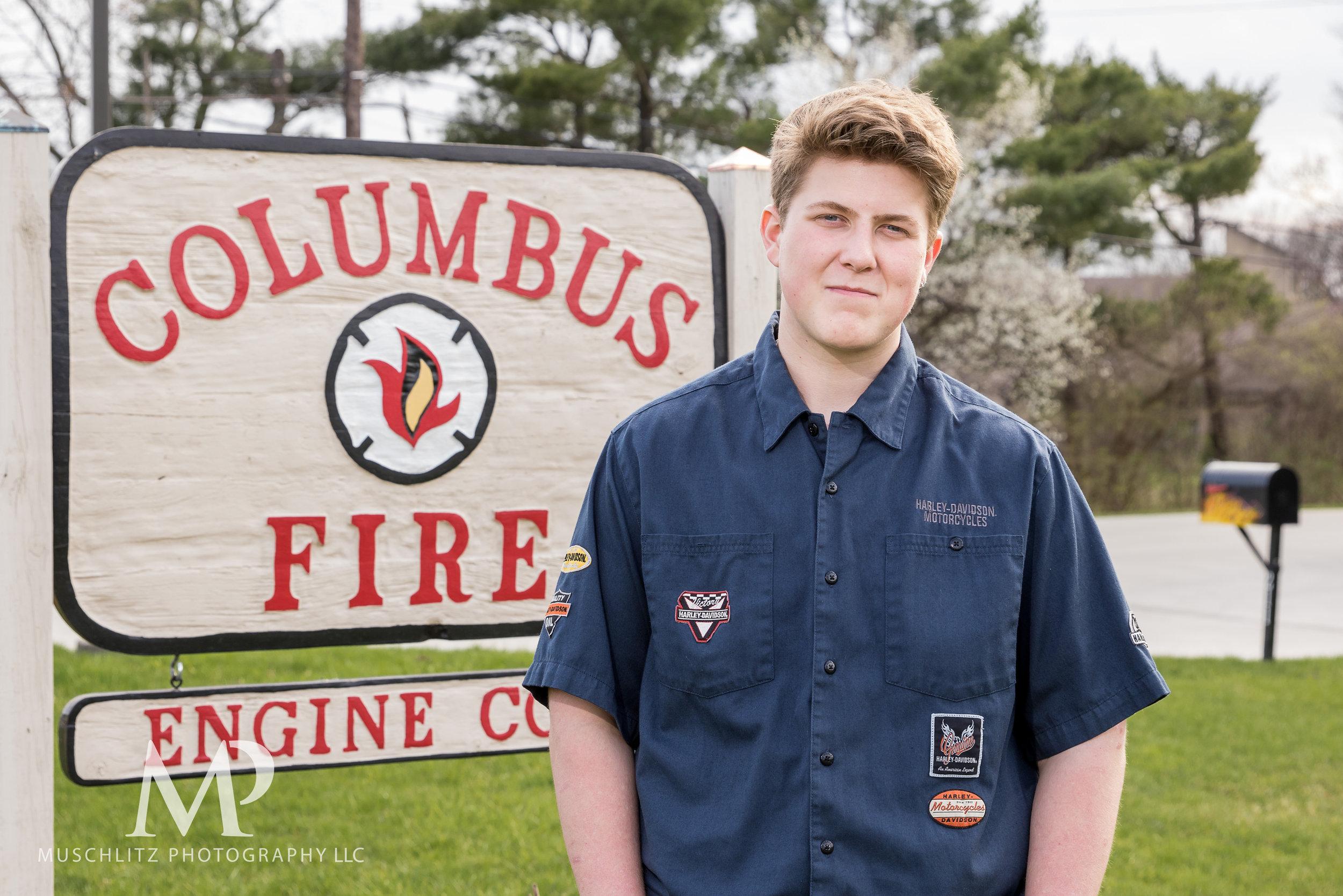senior-portrait-fire-station-fireman-gahanna-columbus-photographer-studio-019.JPG