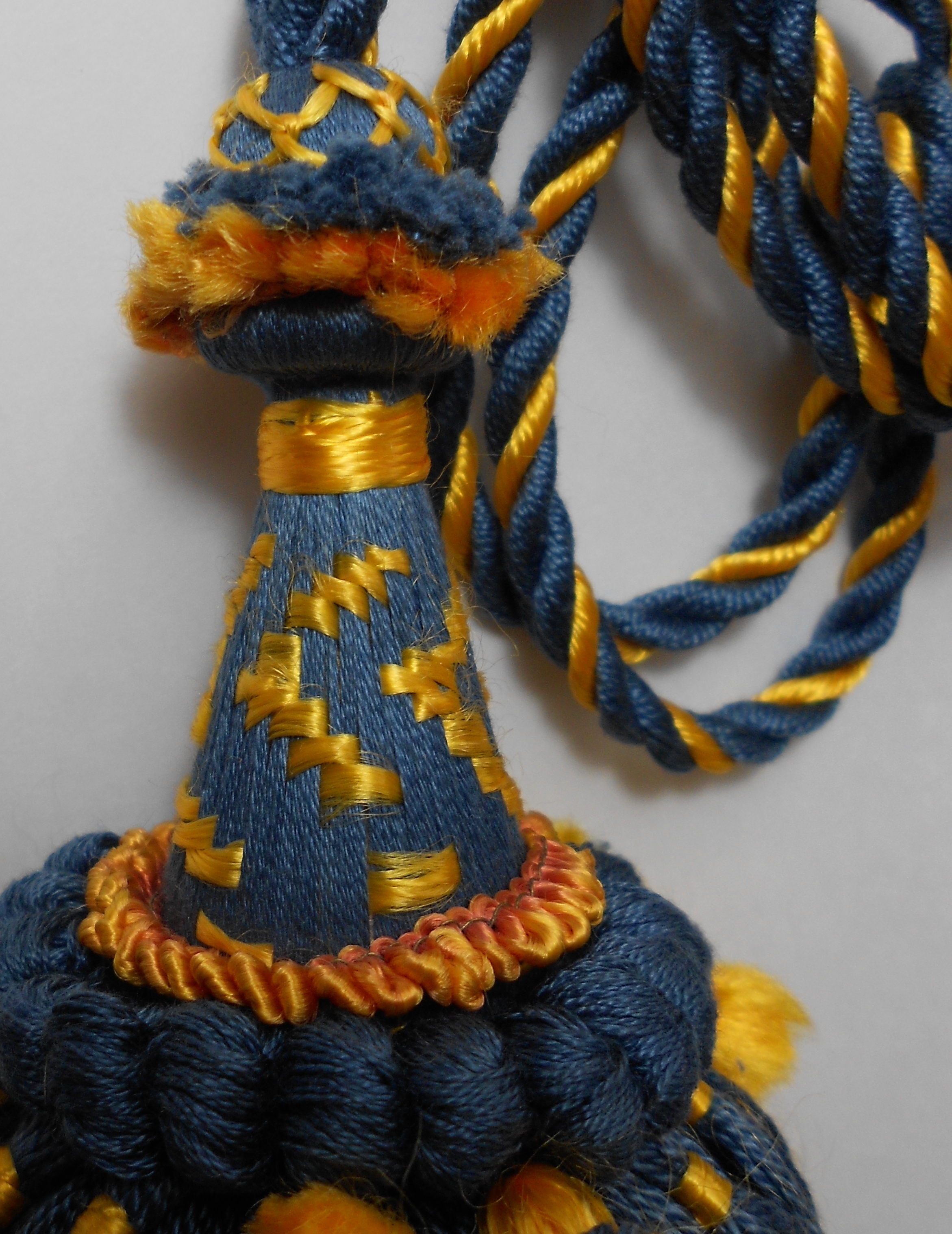 blue yellow tassel 2.jpg
