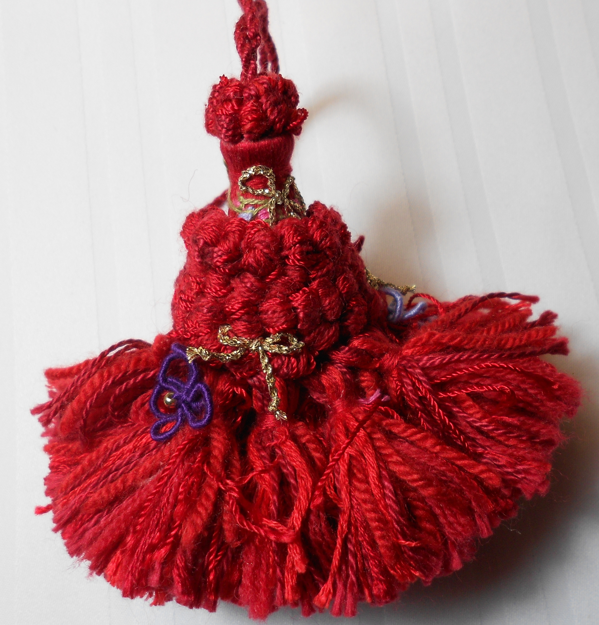 red key tassel.jpg