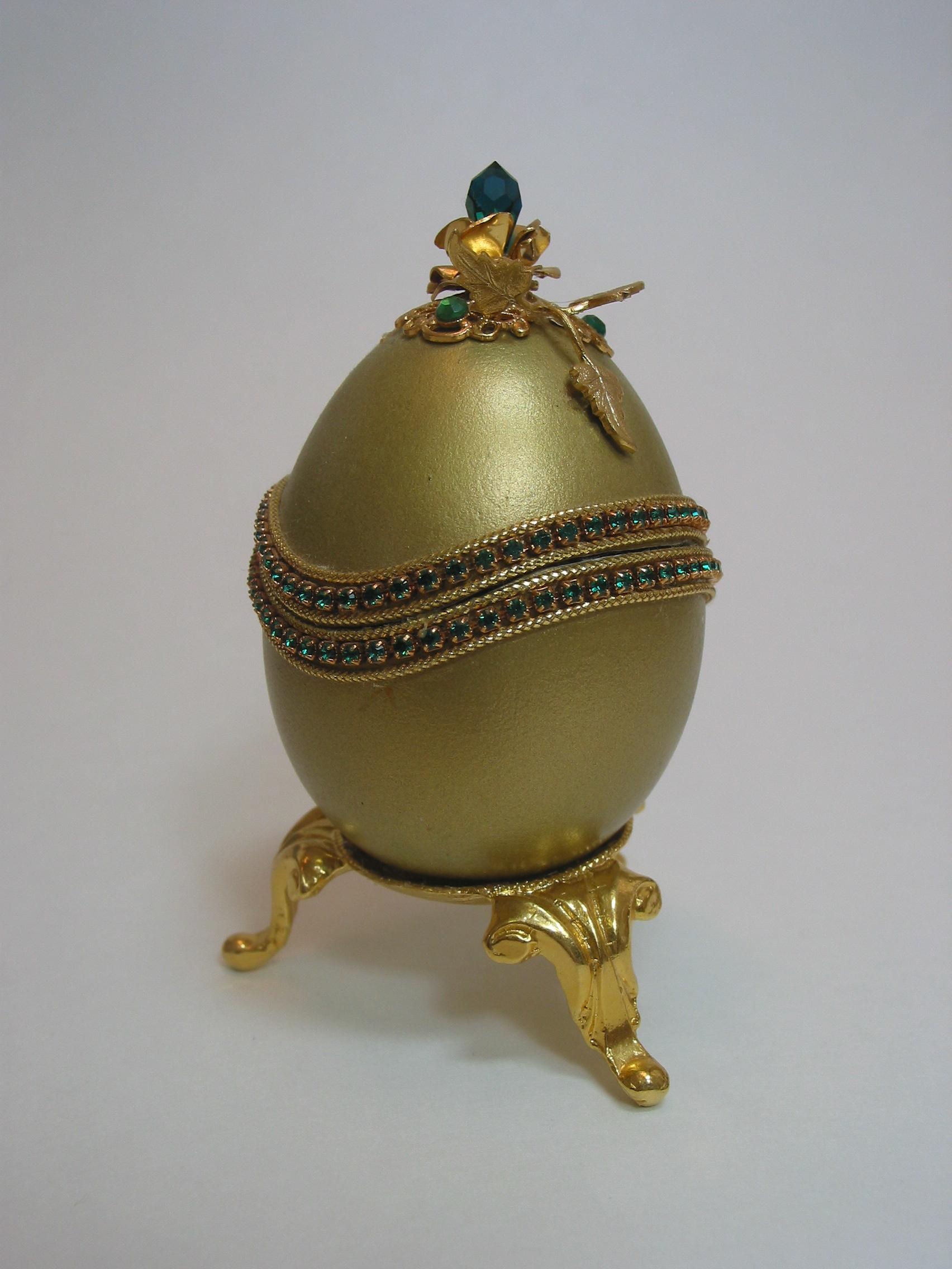 gold duck egg box.jpg