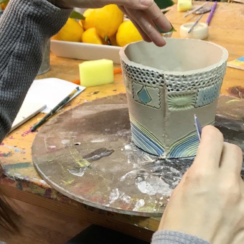 beginning adult ceramic class