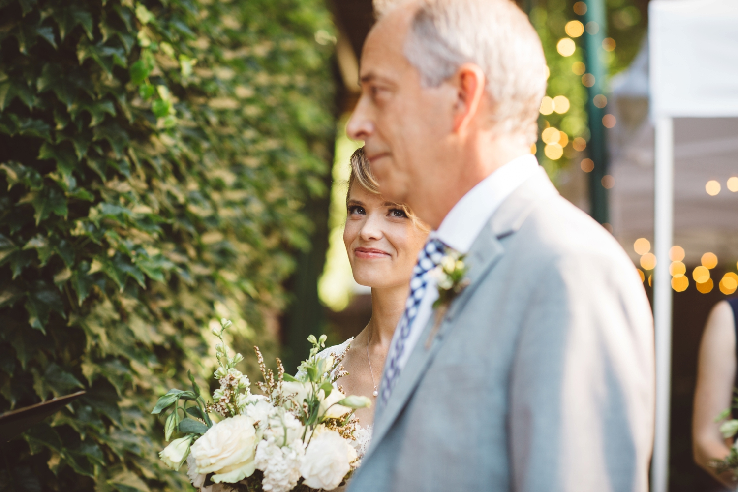 bride and dad moment