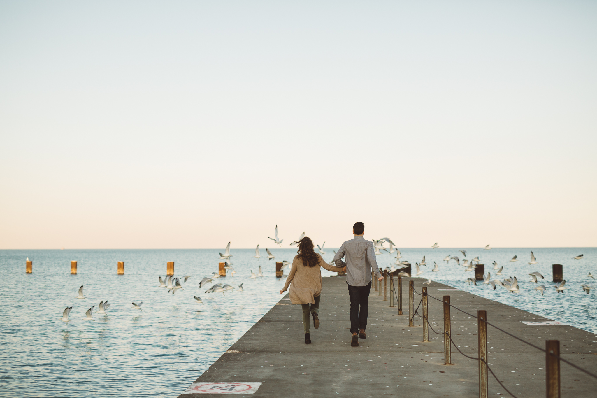 lincoln park chicago pier engagement