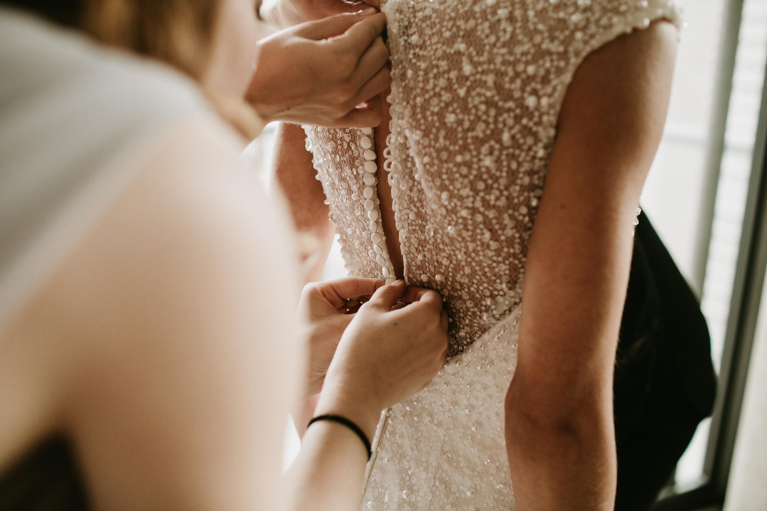 airbnb bridal getting ready loft chicago
