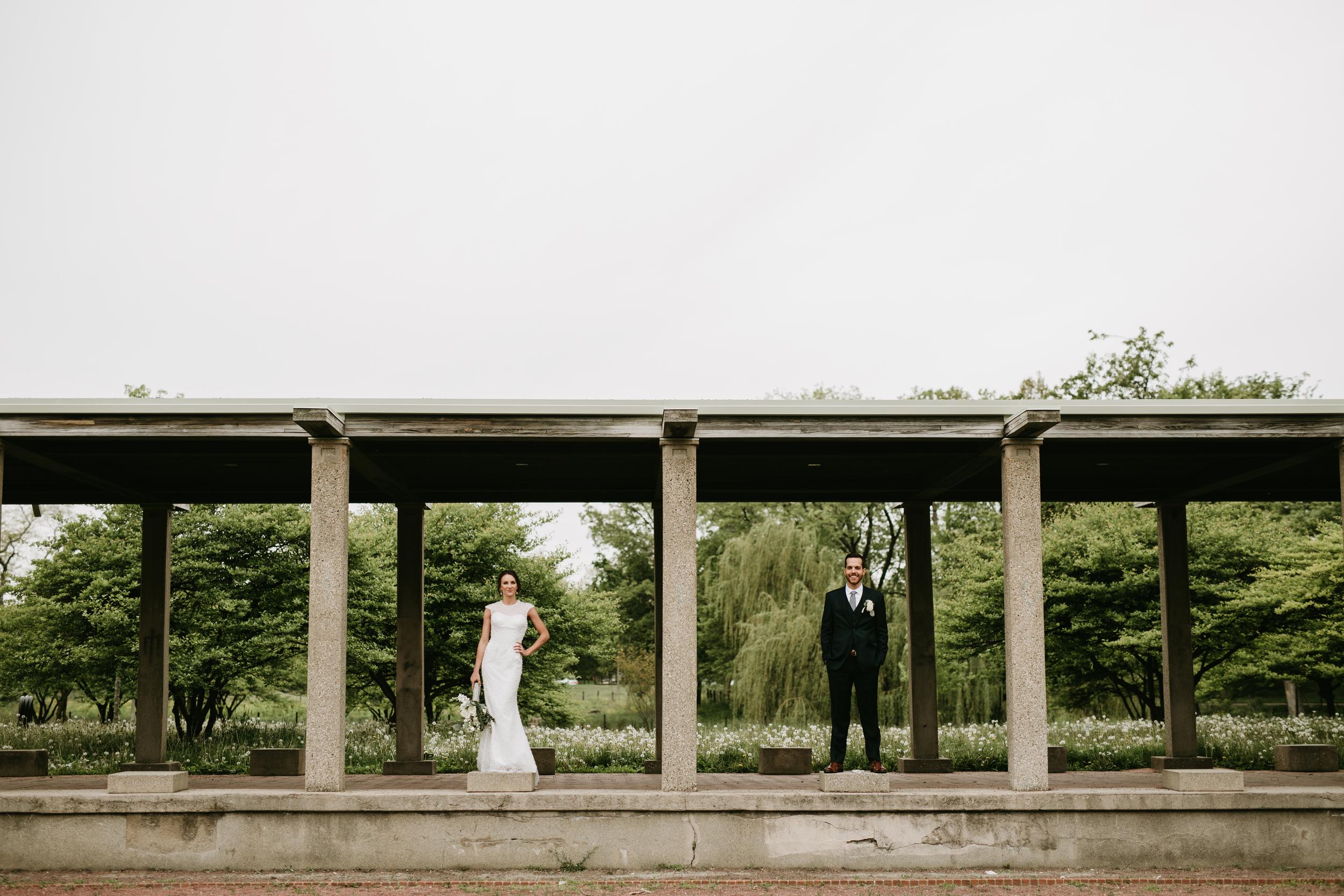 chicago park wedding couple